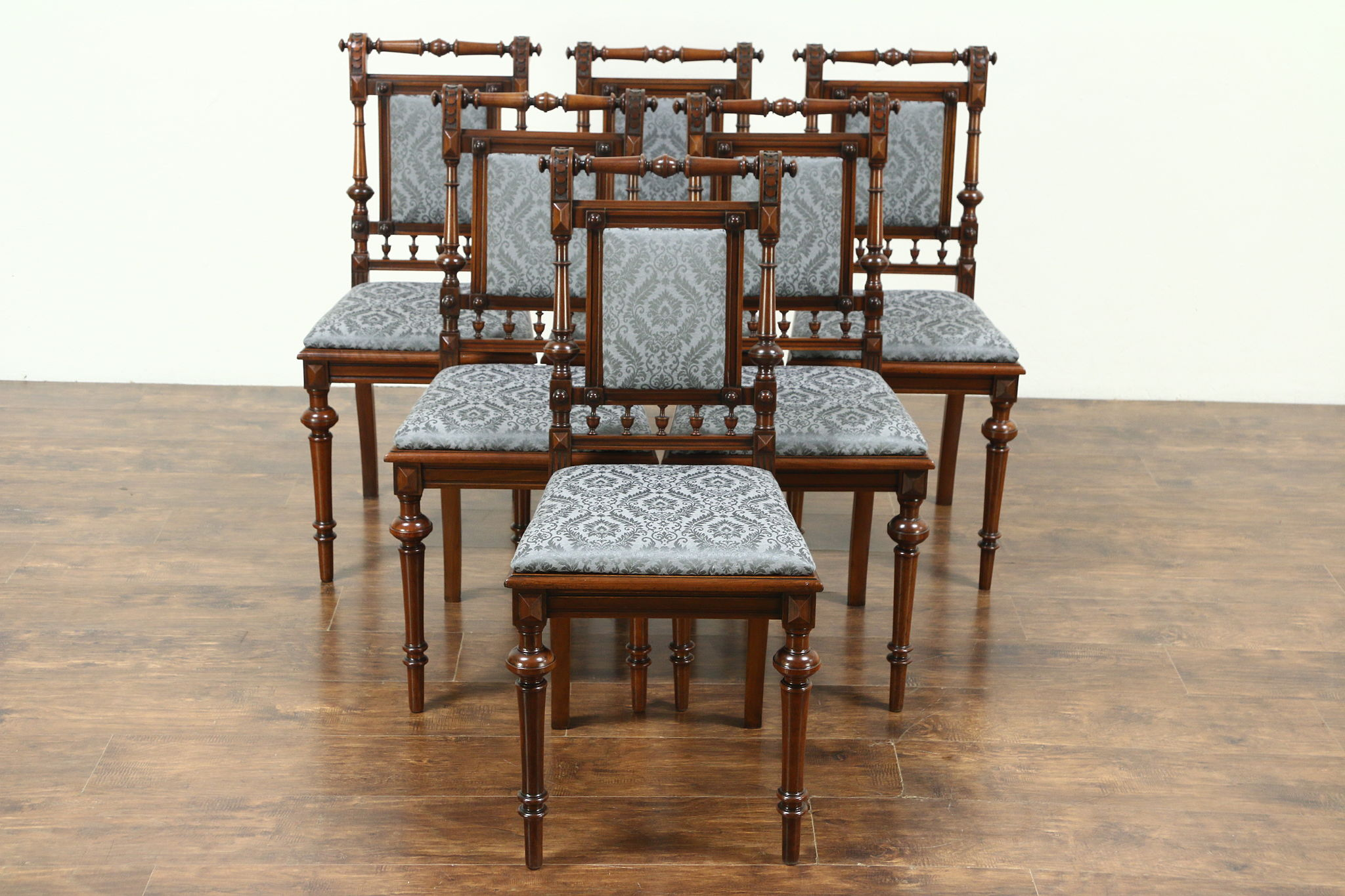 Victorian Renaissance Antique Set Of 6 Walnut Dining Chairs New Upholstery