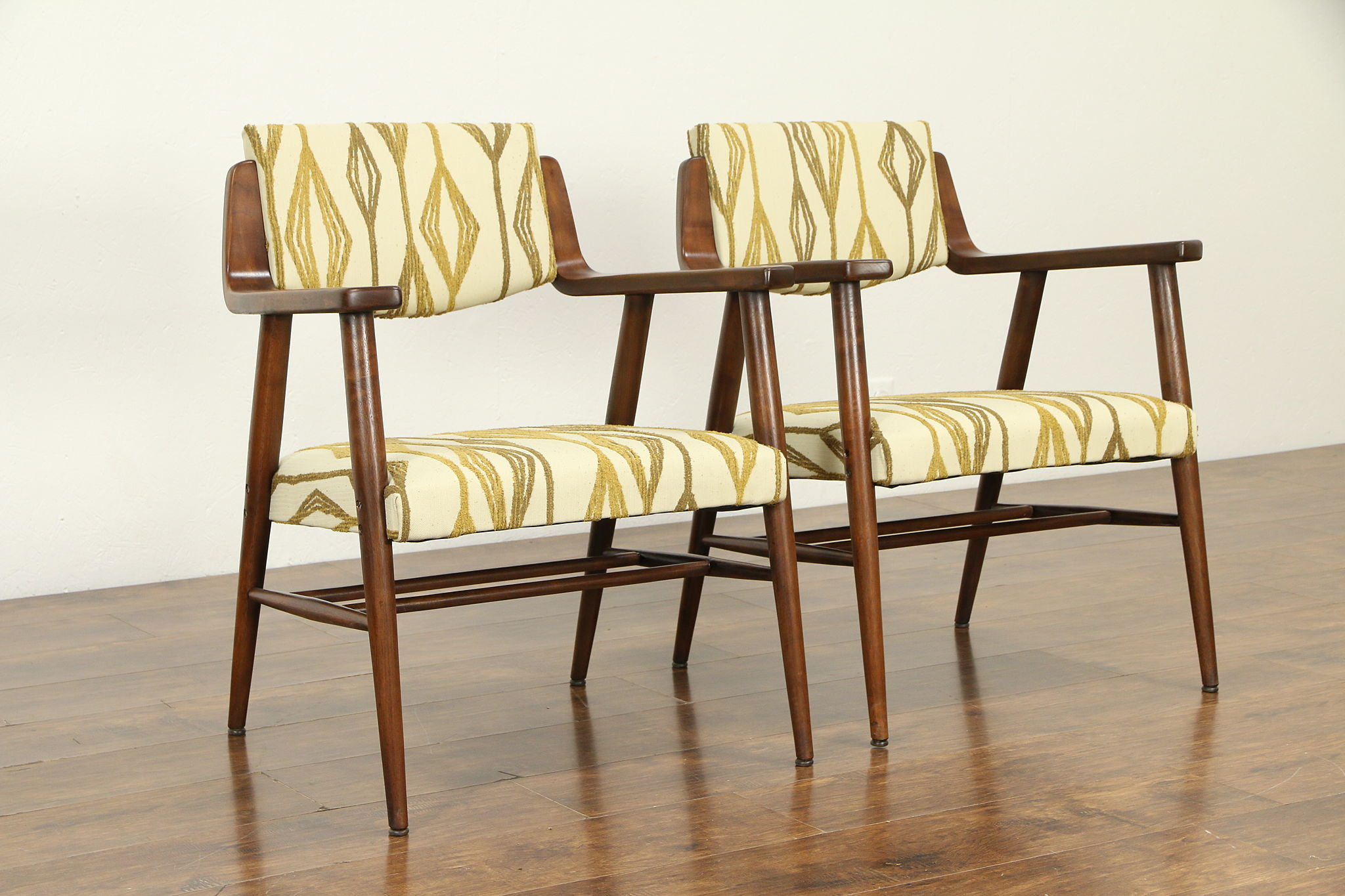 Sold Pair Of Midcentury Modern 1960 Vintage Chairs New Upholstery Johnson 32905 Harp Gallery Antiques Furniture