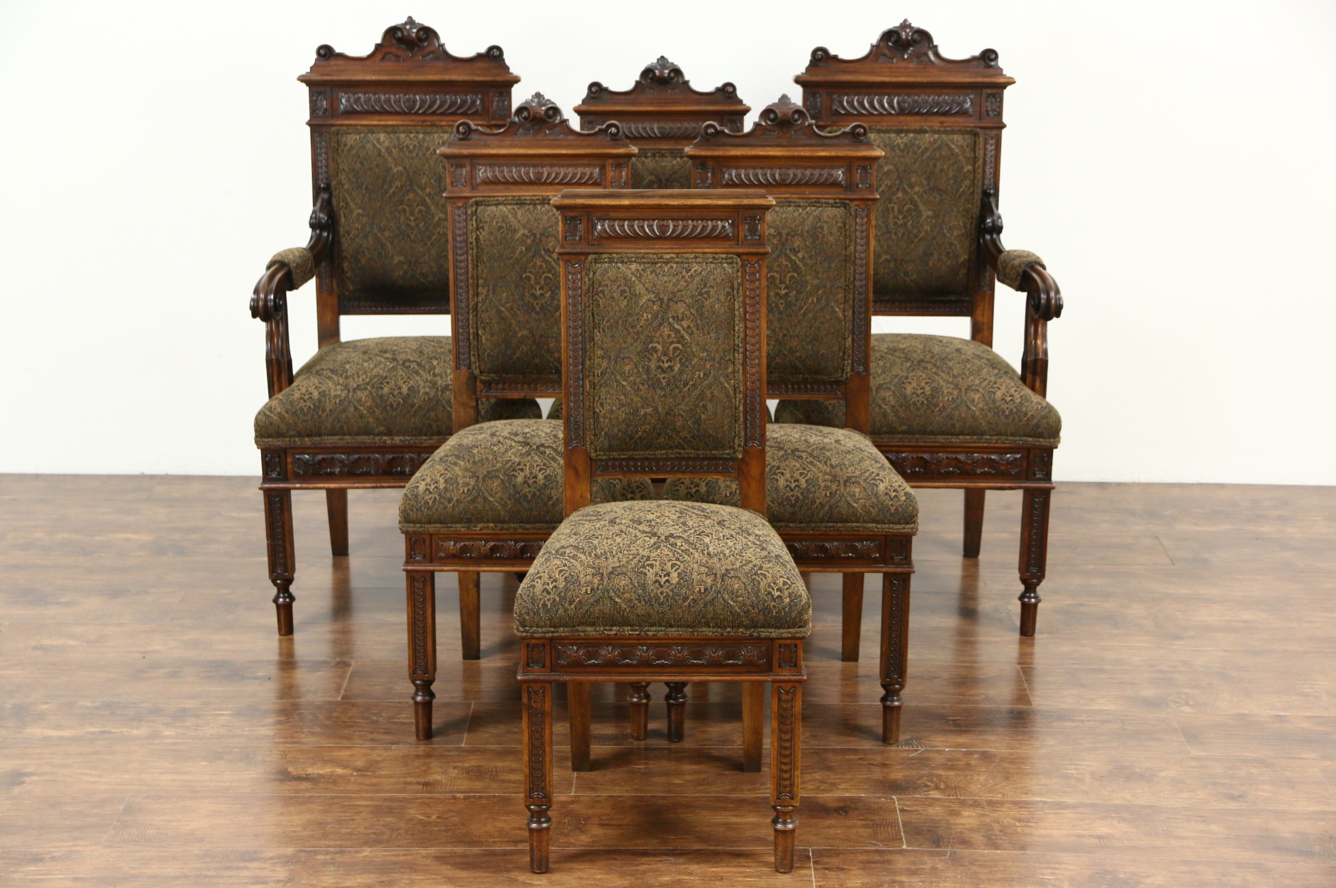 Antique Dining Chairs >> Sold Set Of 6 Italian Carved Walnut Antique Dining Chairs New