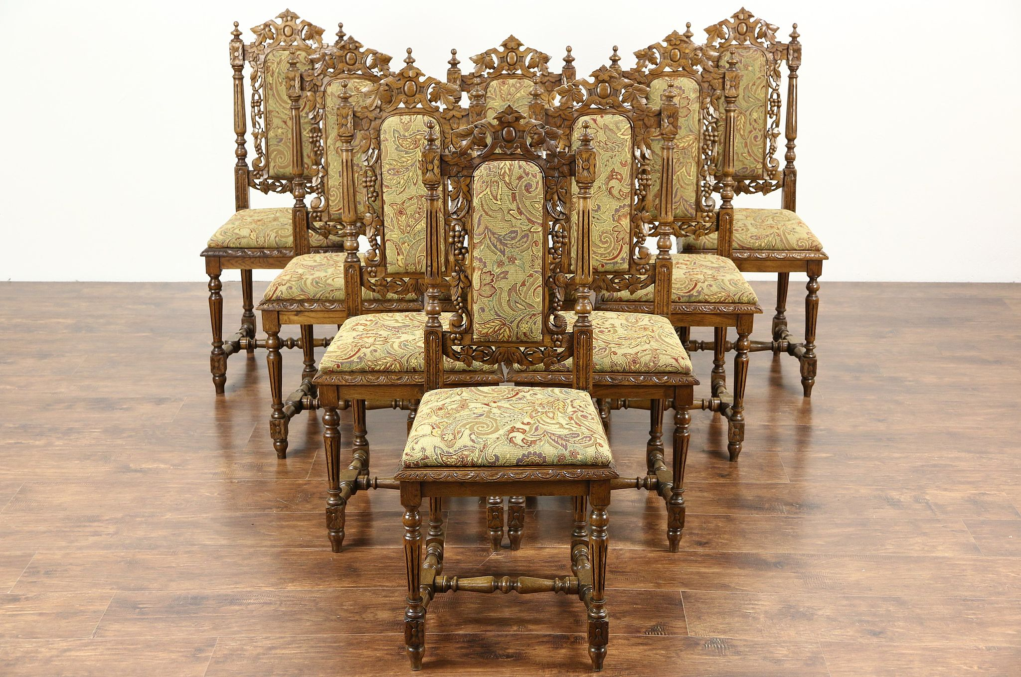 Set Of 8 Black Forest Grapevine Carved 1880 Antique Oak Dining Chairs New  Fabric