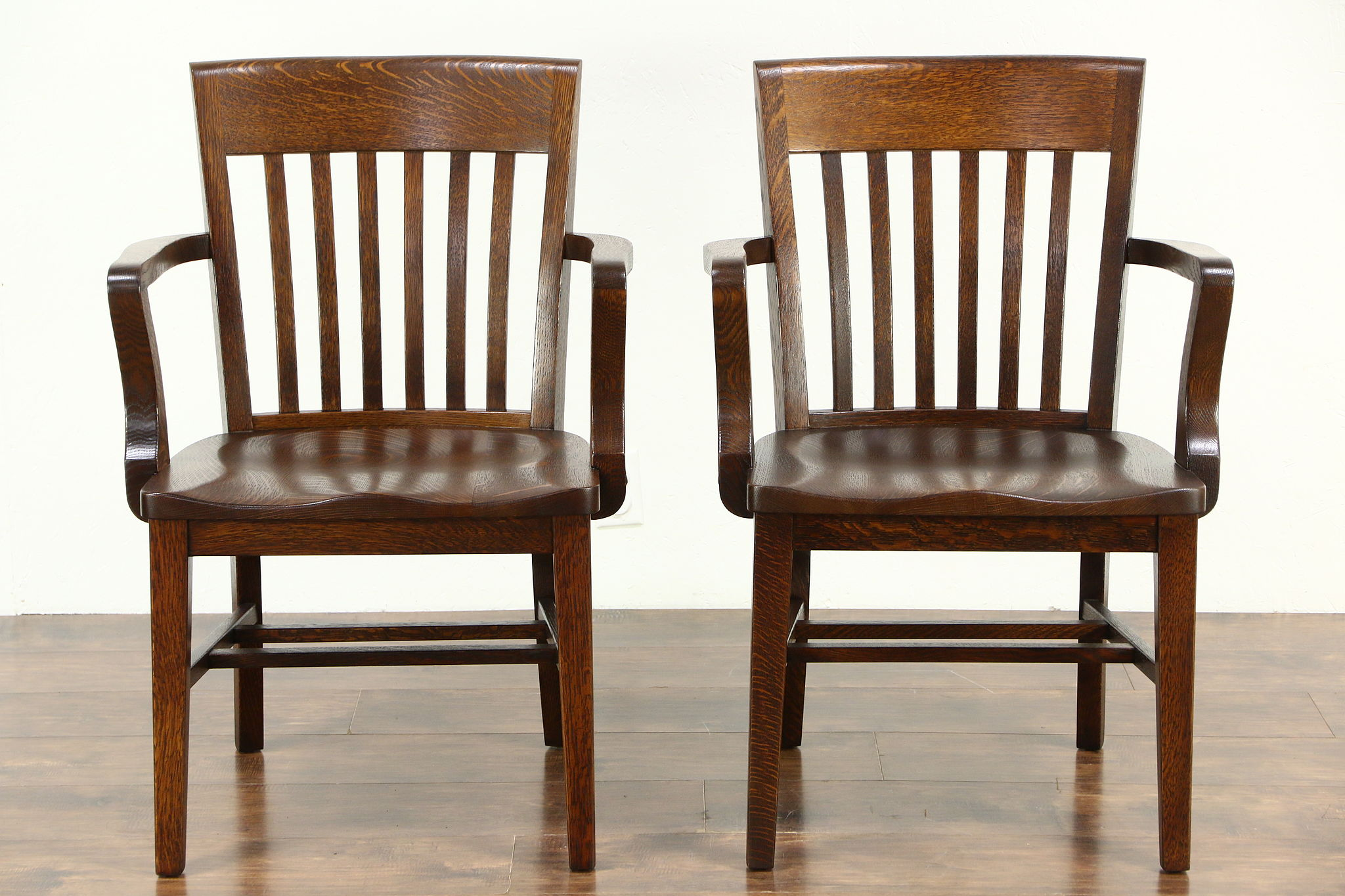Pair Quarter Sawn Antique 1910 Oak Office Or Library Banker Chairs