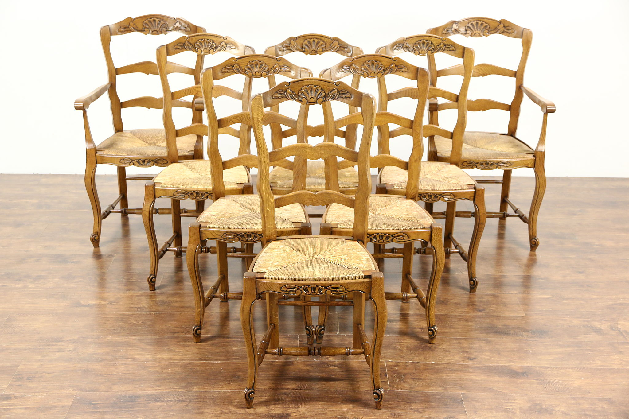 Set Of 8 Country French Carved Oak Antique Dining Chairs Rush Seats