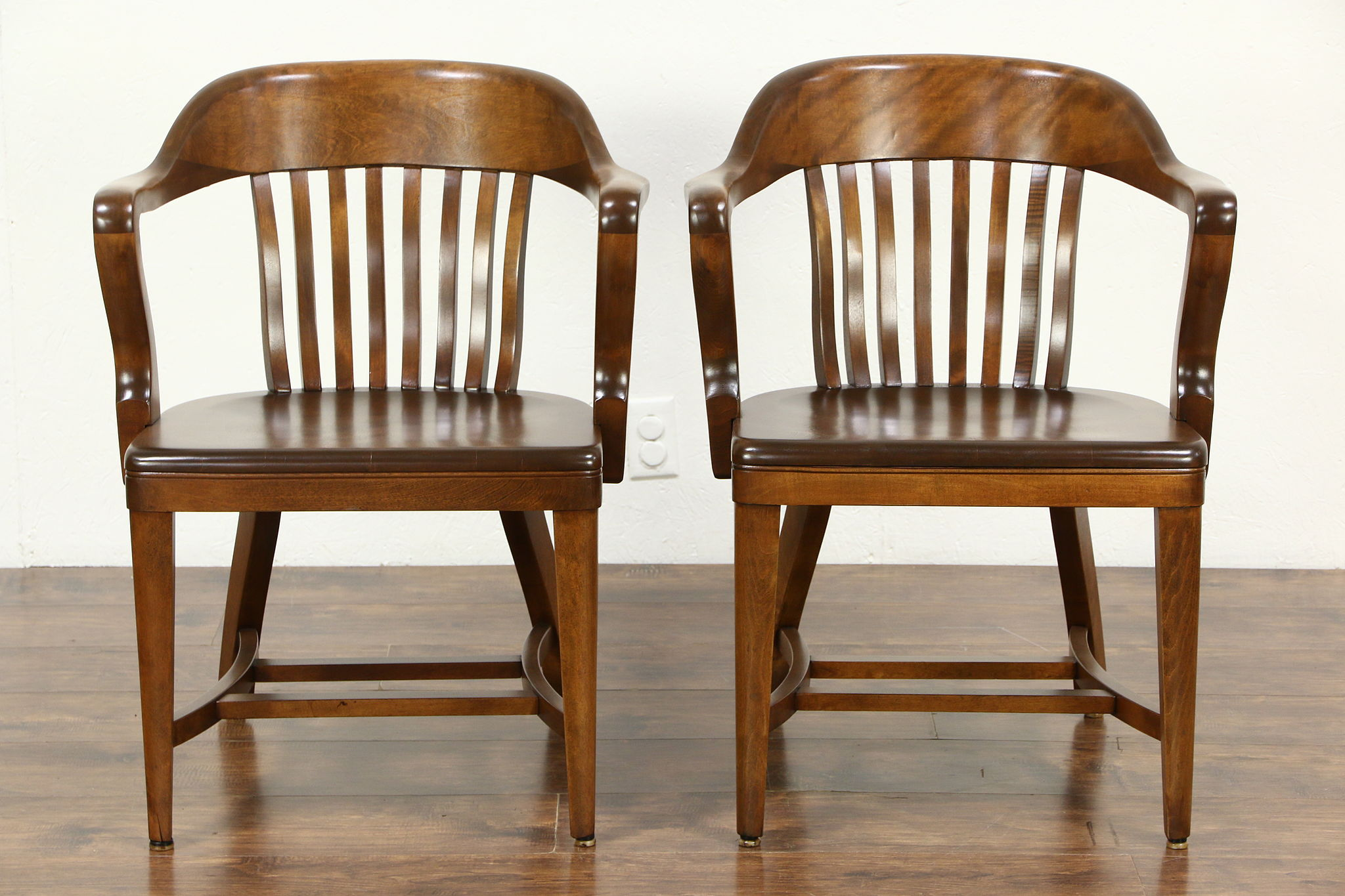 Bon Pair 1920 Antique Curved Back Birch Banker, Office Or Library Chairs