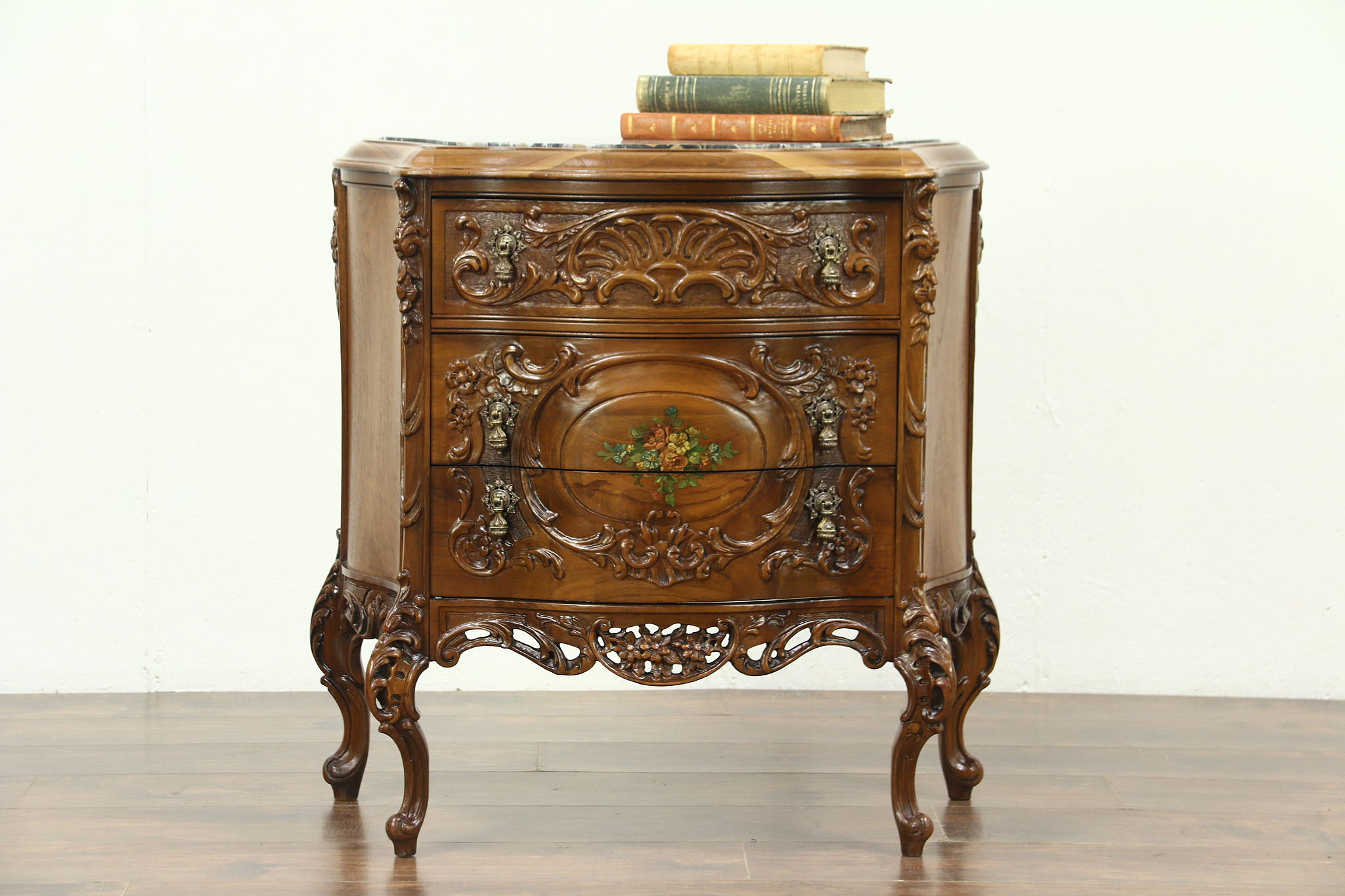 Carved 1930 Vintage Chest, Nightstand Or End Table, ...