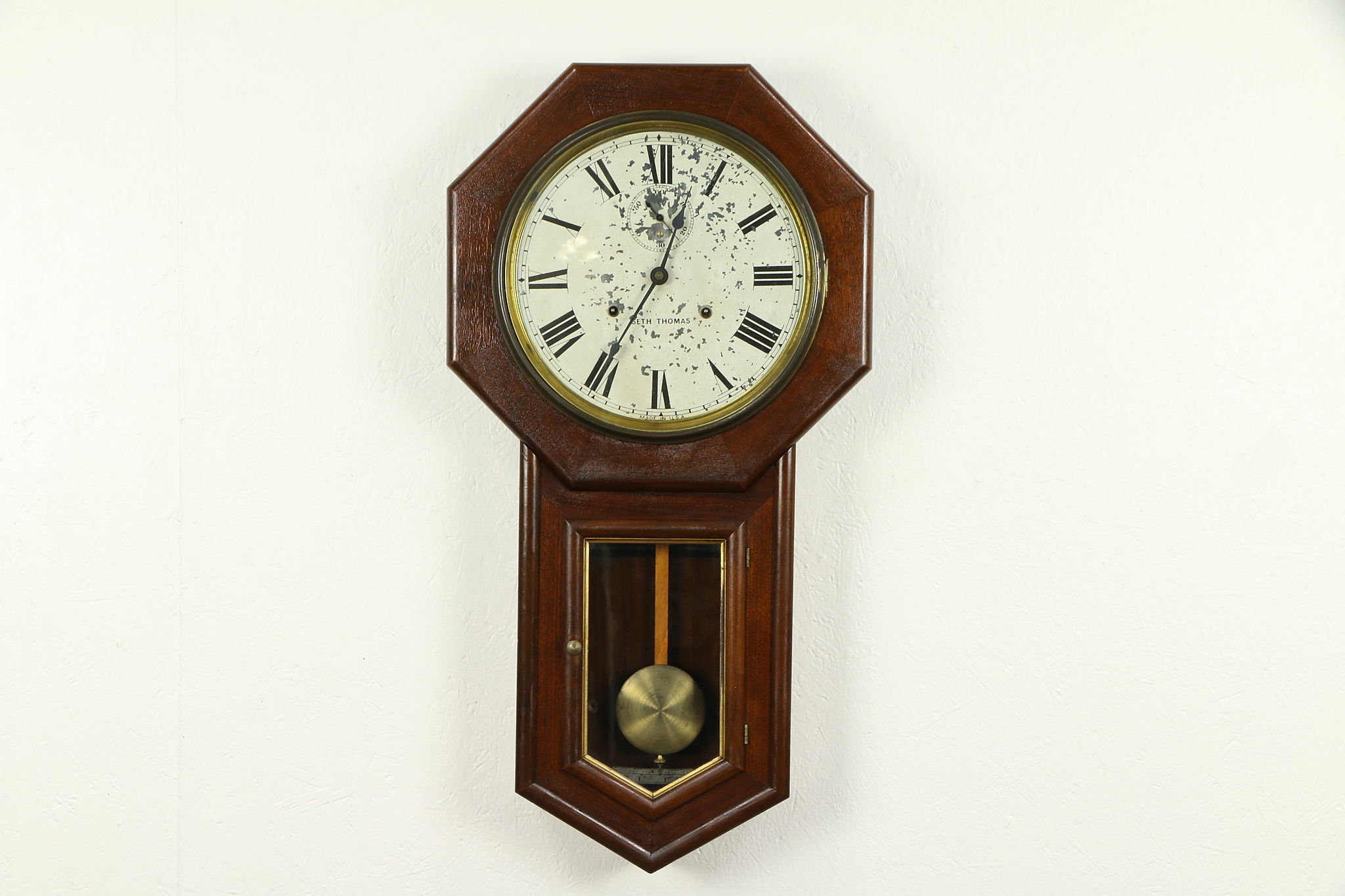Antique Schoolhouse 30 Day Wall Clock