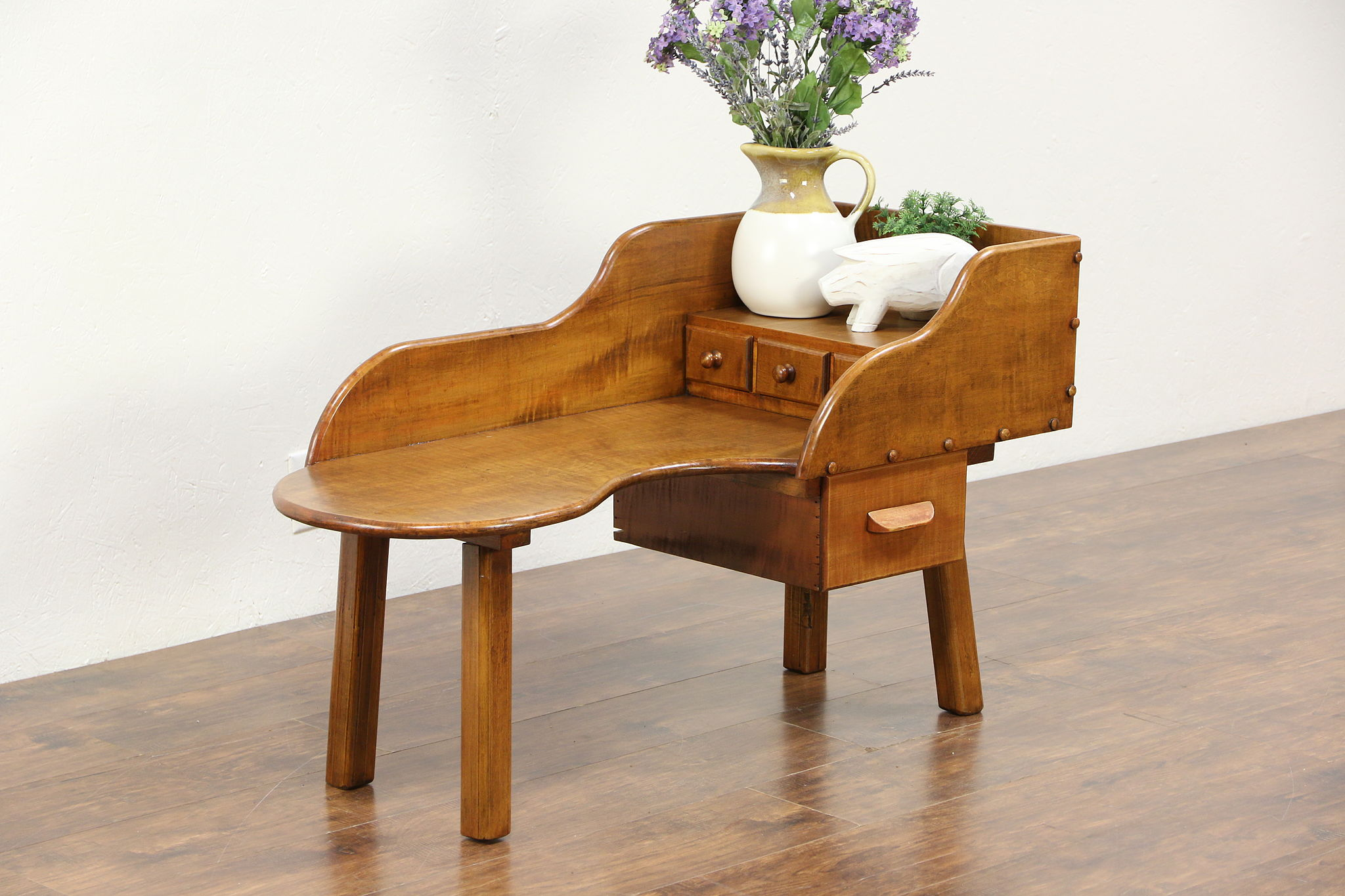 Picture of: Sold Cobbler Or Shoemaker Antique Bench Coffee Table Harp Gallery Antiques Furniture