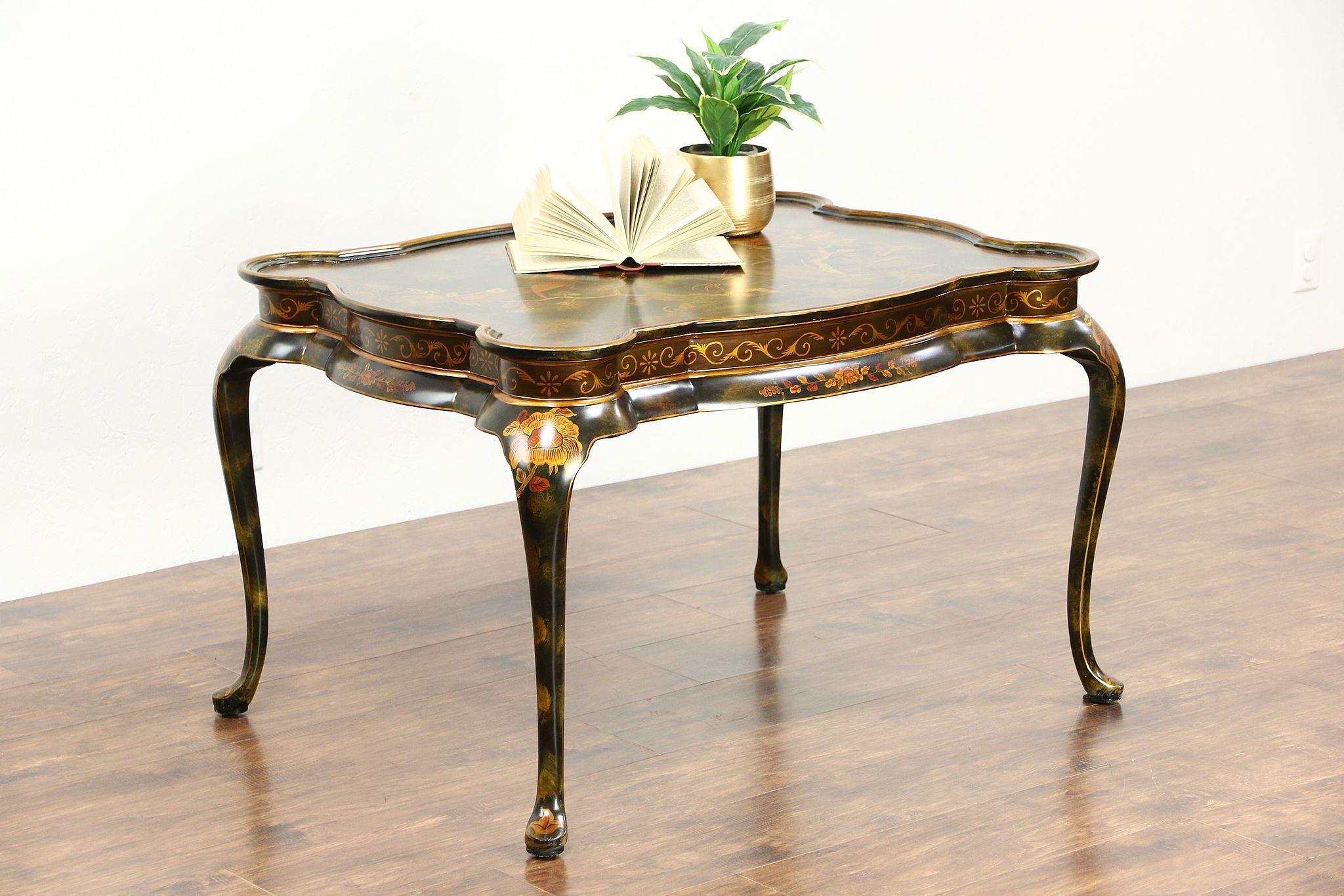 High Quality Maitland Smith Signed Tea, Coffee Or Cocktail Table, Chinoiserie Painting