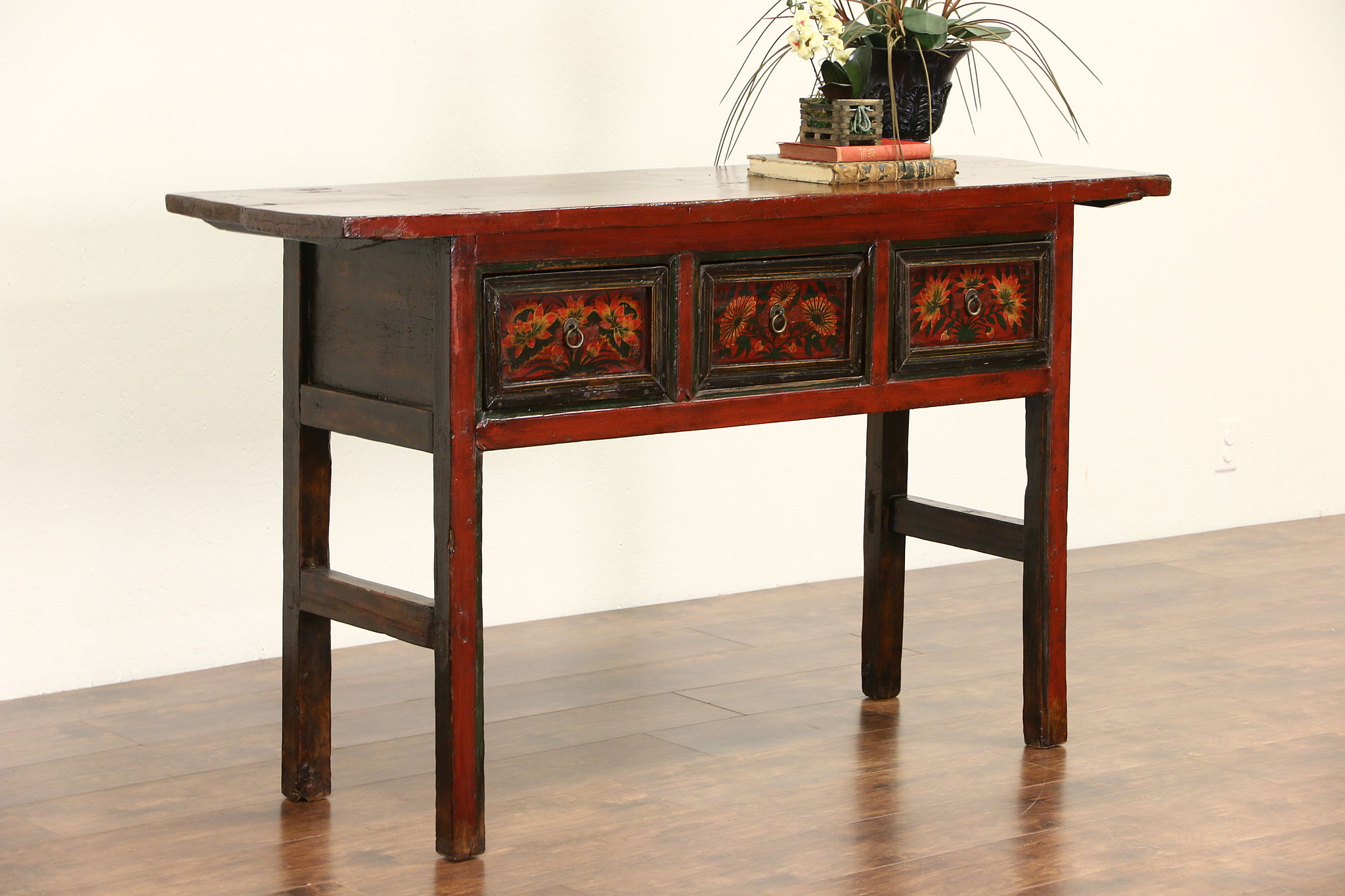 Amazing Chinese Antique 1900S Console Or Sofa Table Hand Painted Lacquer Home Interior And Landscaping Dextoversignezvosmurscom