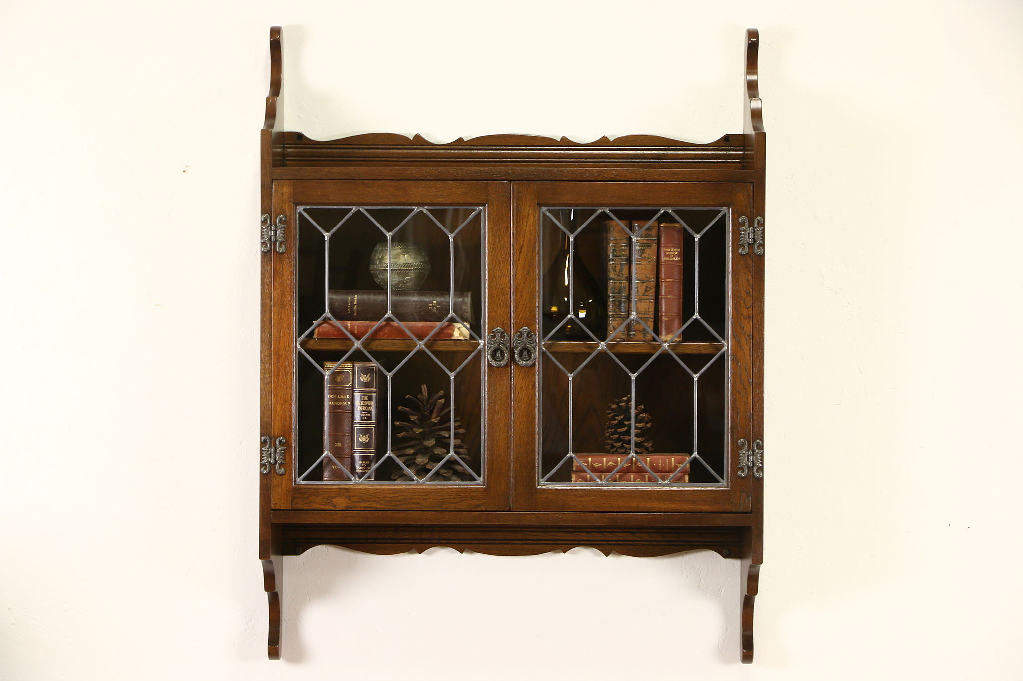 English Vintage Oak Hanging Wall Cabinet Leaded Glass Doors Nice For Bath