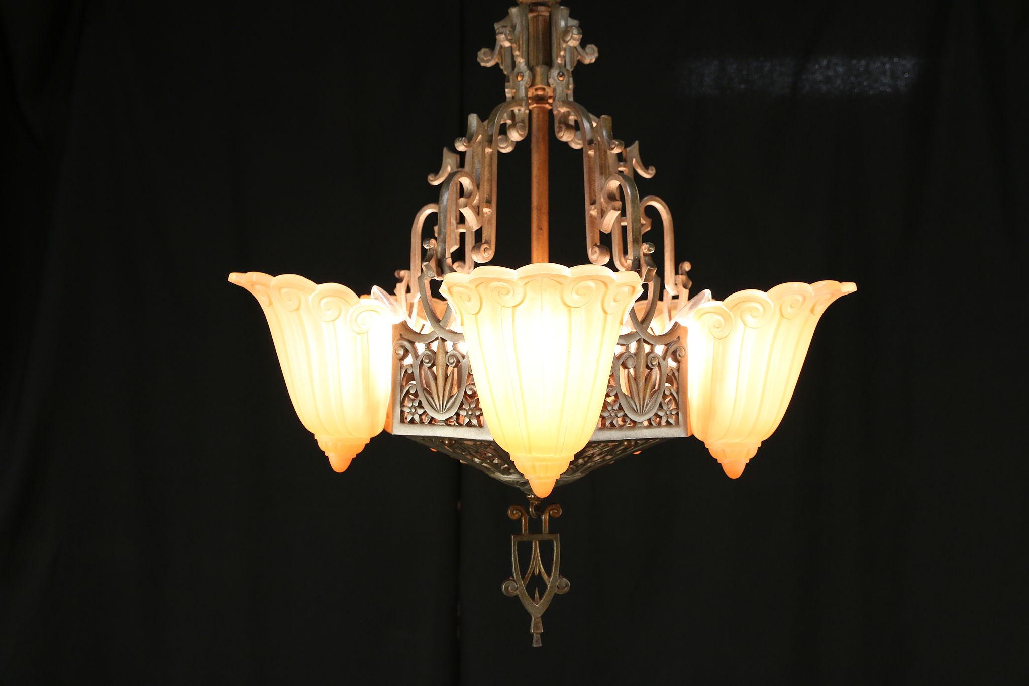 Art Deco Vintage Lincoln Chandelier 5 Light Fixture Fleur De Lis Shades 29919