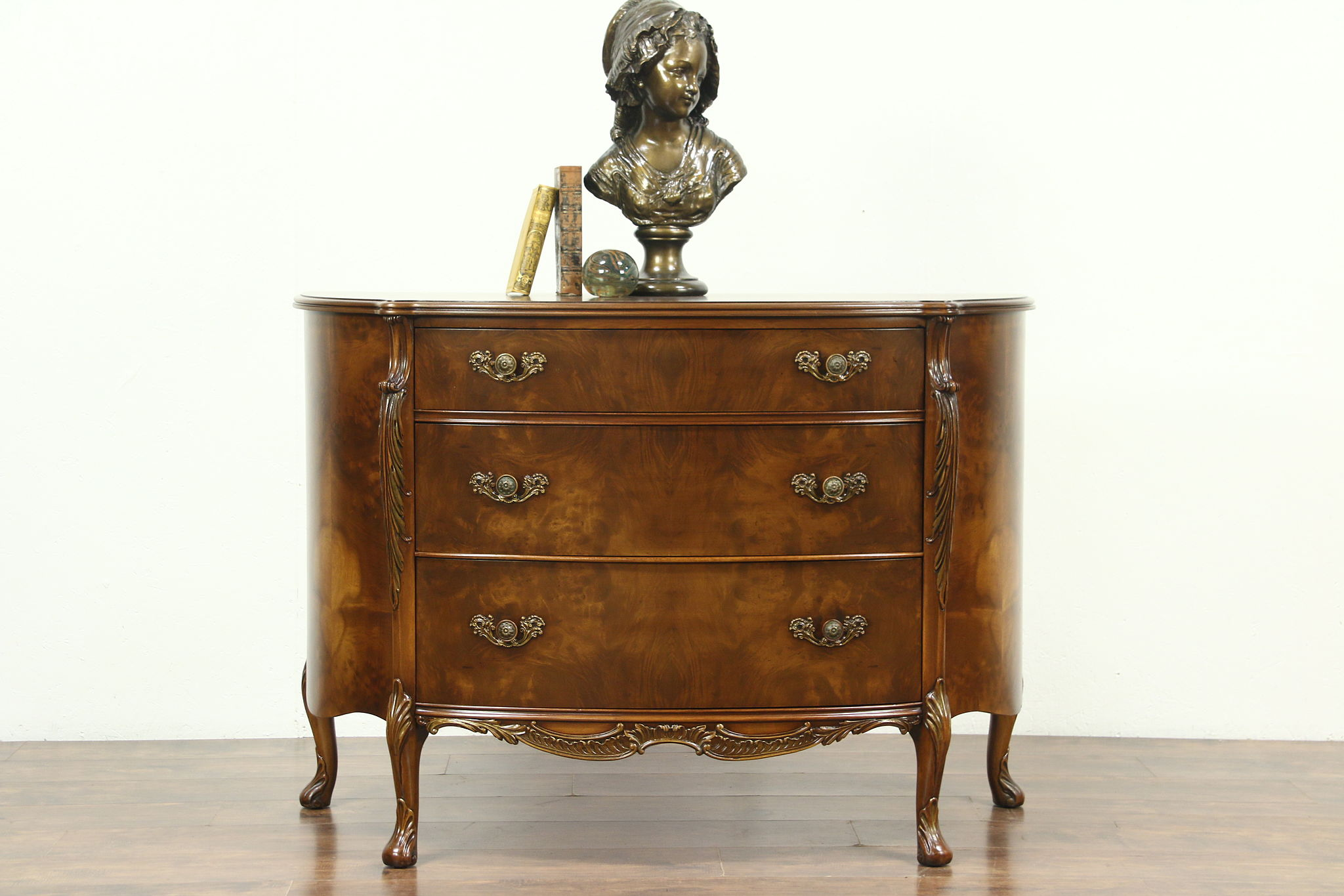 Exceptionnel Half Round Demilune Vintage Chest Or Hall Console, Signed Romweber
