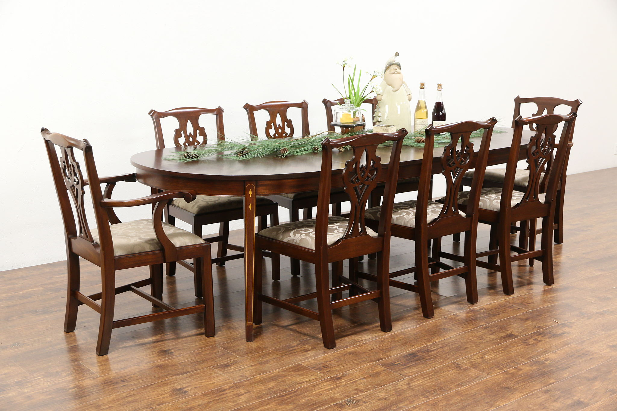 Traditional Mahogany Dining Set  Table 3 Leaves  8 Chairs  Signed Henkel  Harris. Traditional Mahogany Dining Set  Table 3 Leaves  8 Chairs  Signed
