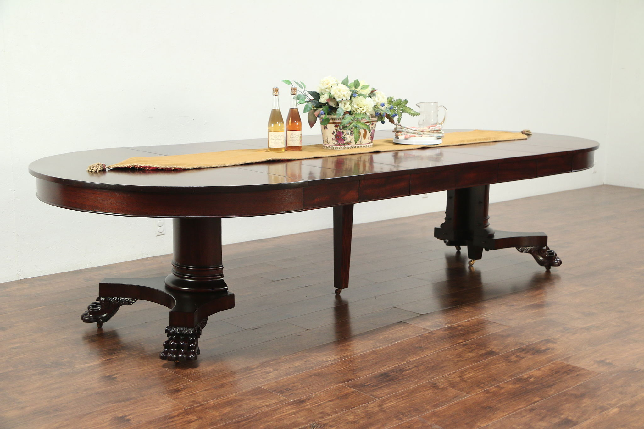 Empire Mahogany Antique Round Dining Table Lion Paws Extends 10 6