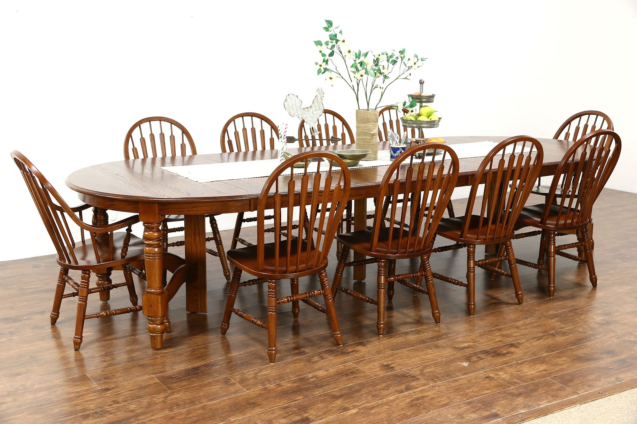 Pleasing Oak Vintage Dining Set 54 Table 8 Leaves 10 Chairs Richardson Bros Wi Ncnpc Chair Design For Home Ncnpcorg
