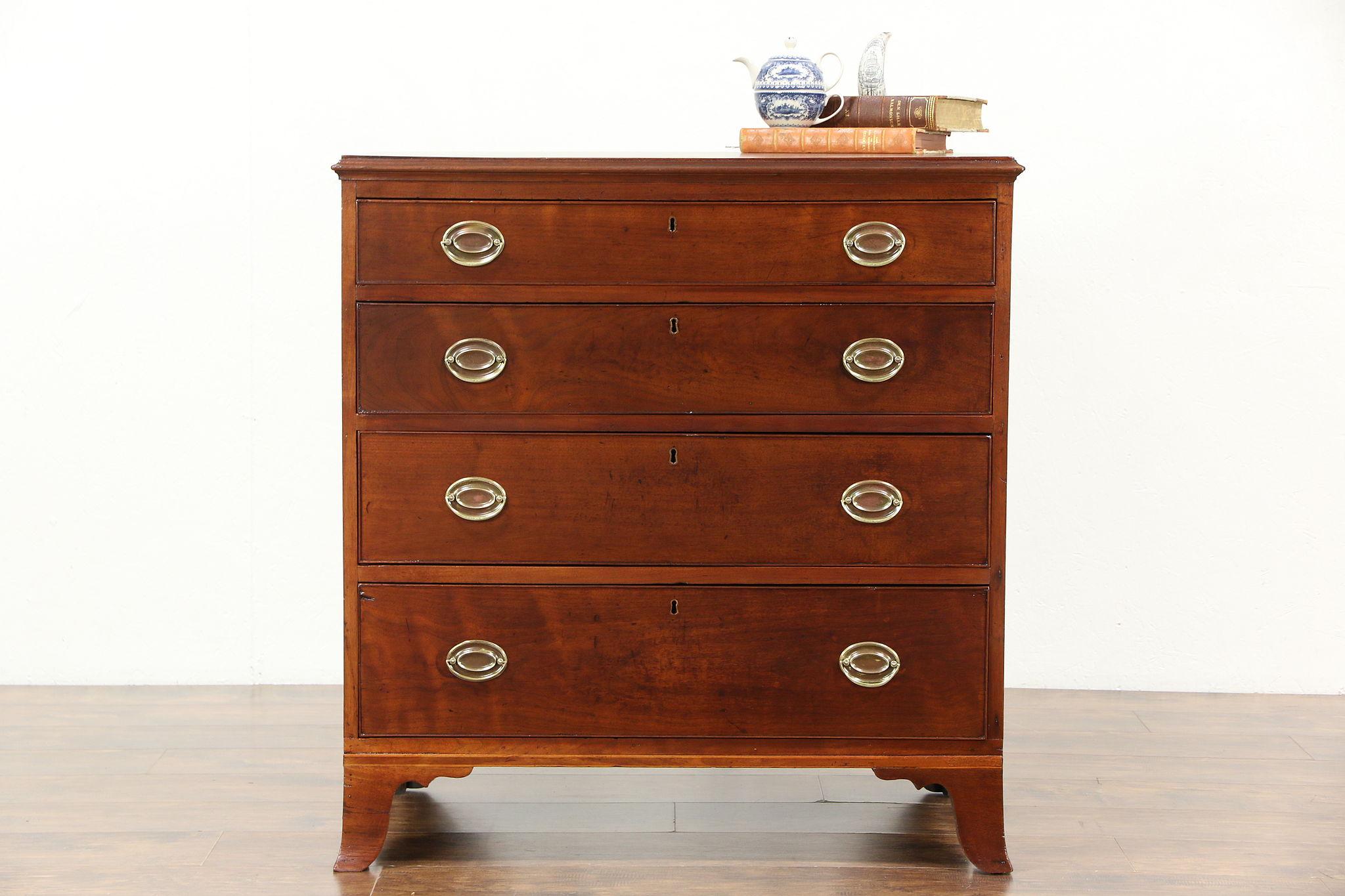 Superieur Walnut 1825 Federal Period Antique Linen Chest Or Dresser
