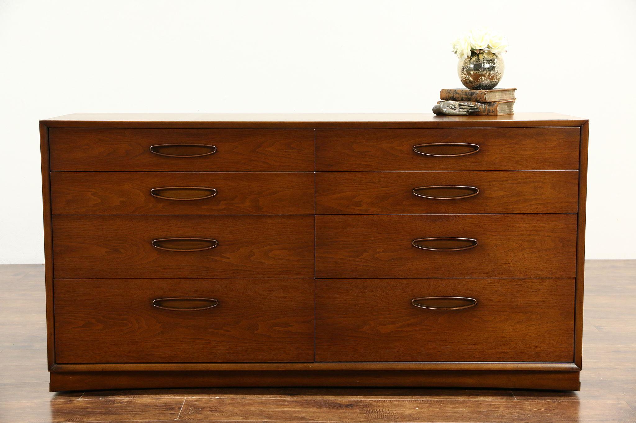 Sold Teak Midcentury Modern 1960 Vintage Dresser Or Chest Signed Henredon Harp Gallery