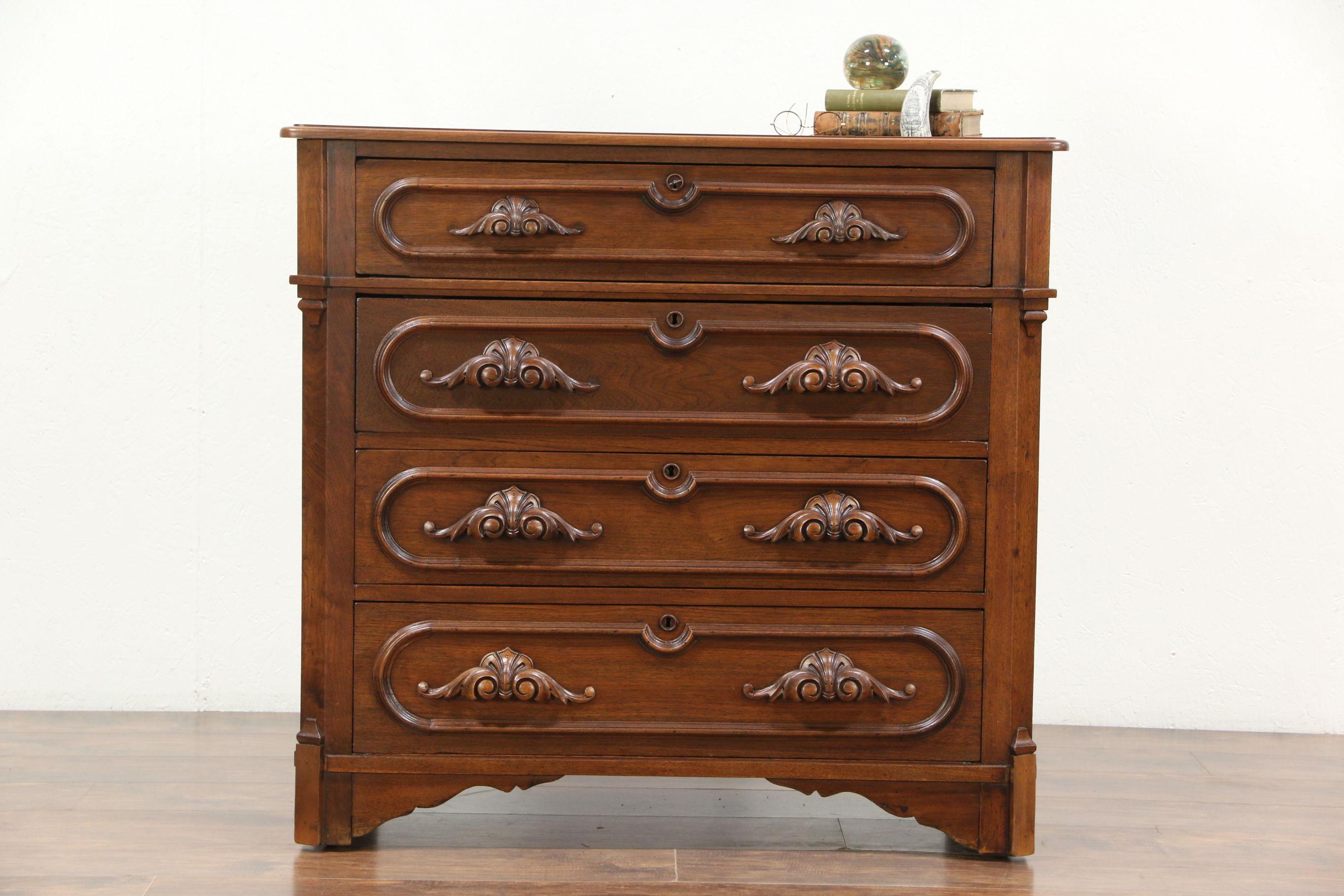 mawr pennsylvania college wright desk breuer auction marcel design bookshelf october of dresser bryn for and auctions