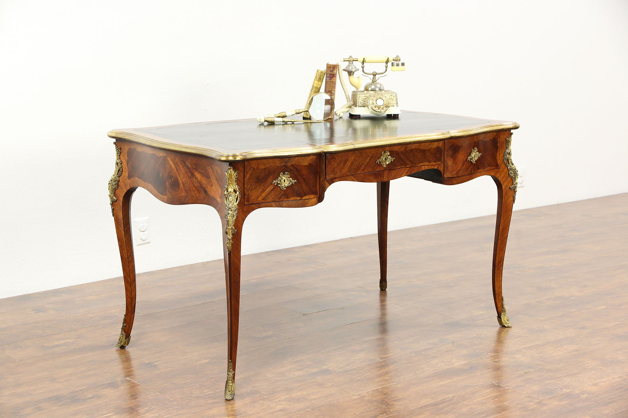 Sold french antique bureau plat rosewood library writing for Bureau french