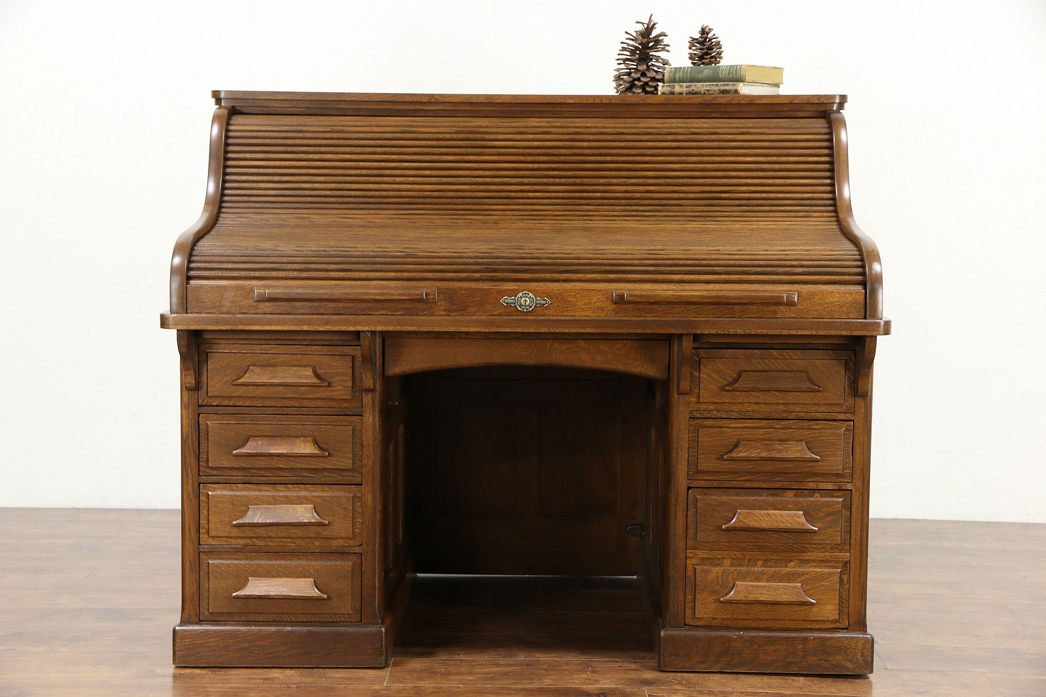 Awesome Raised Panel 1900 Antique Quarter Sawn Oak S Roll Top Desk Signed Gunn Interior Design Ideas Clesiryabchikinfo