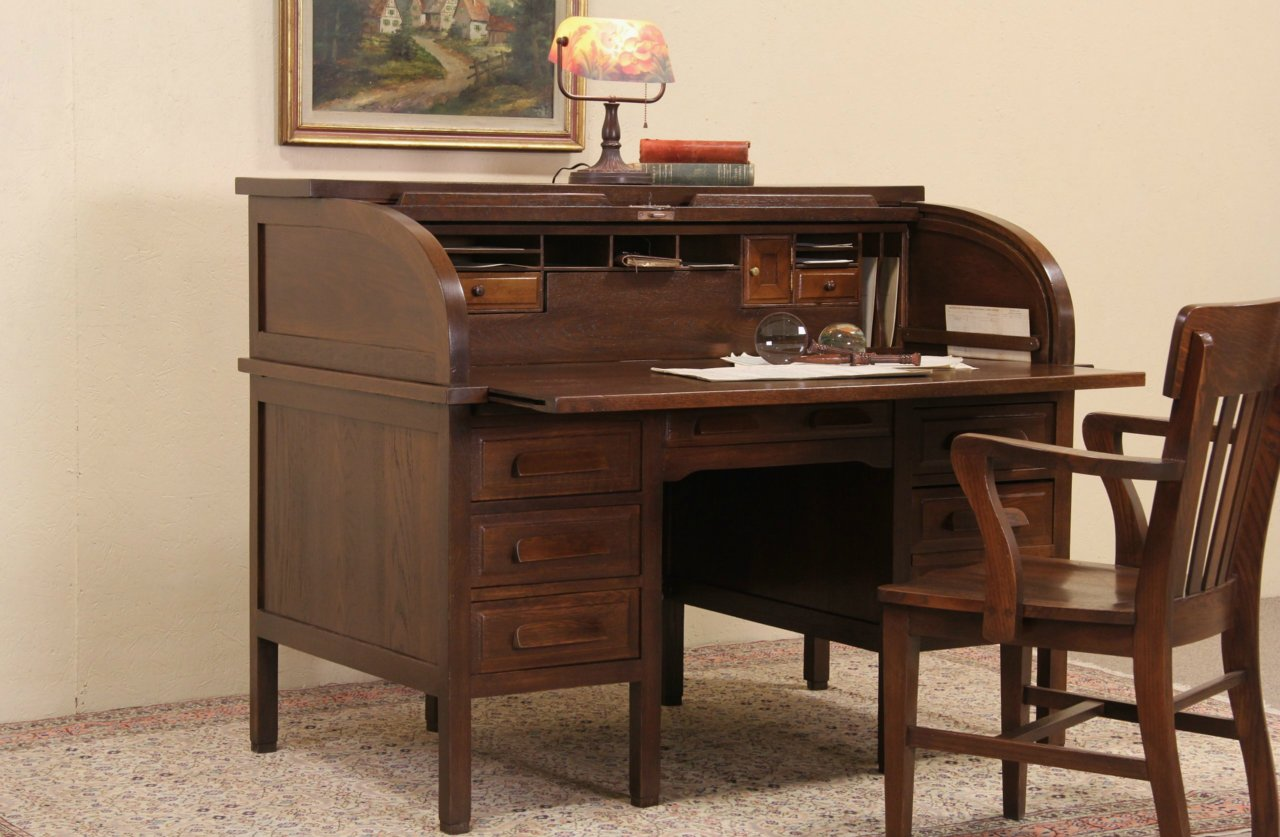 Oak 1910 Antique Rolltop Desk Pull Out Writing Surface