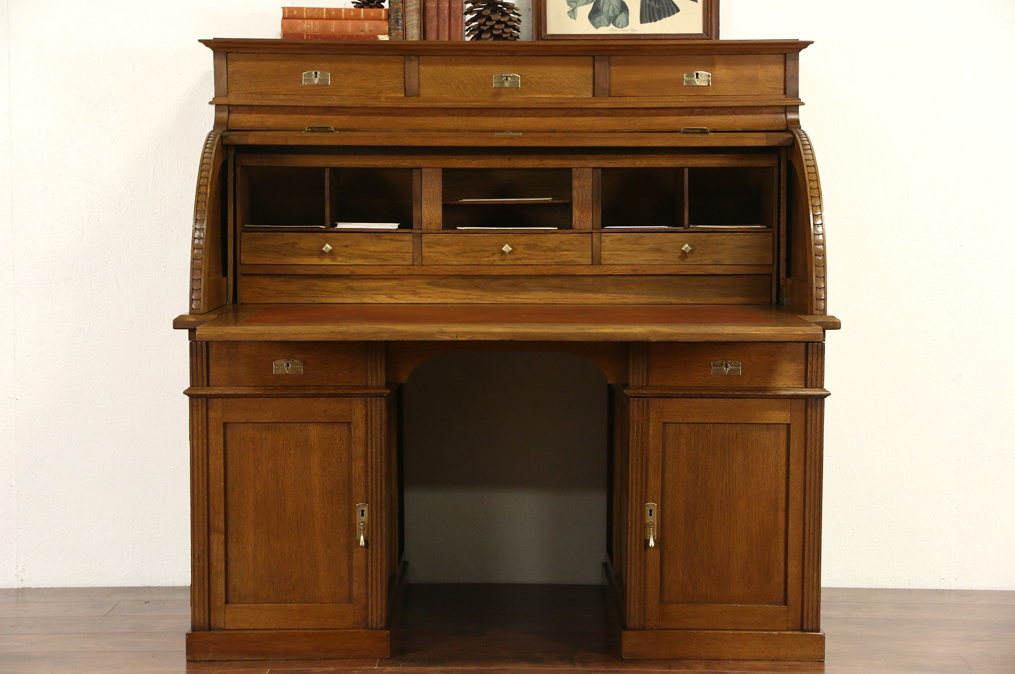 Oak 1900 Antique German Roll Top Cylinder Desk Pull Out Leather