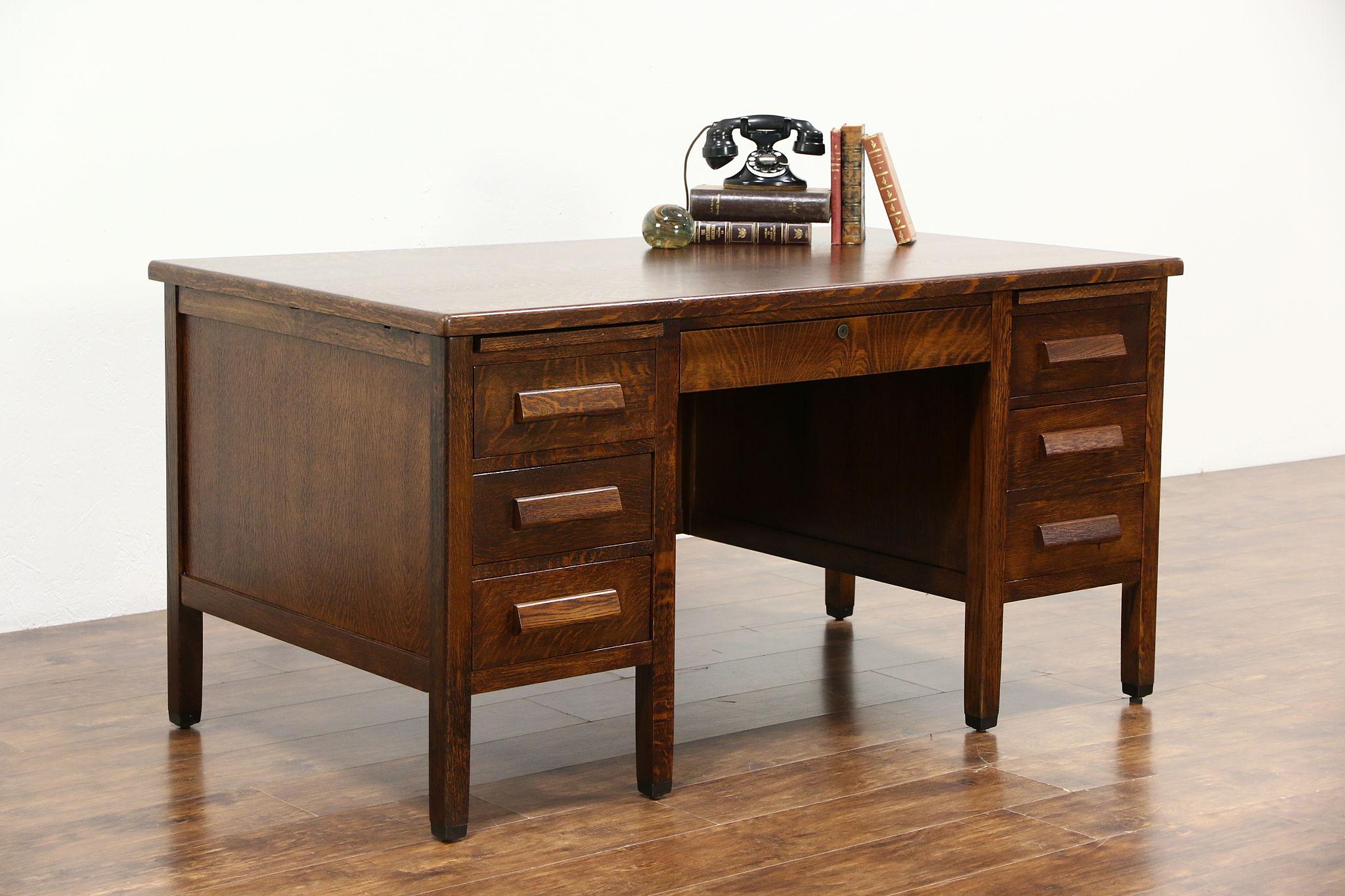 antique office table. Oak Quarter Sawn Vintage Library Or Office Desk, Signed Lincoln 1946 Antique Table