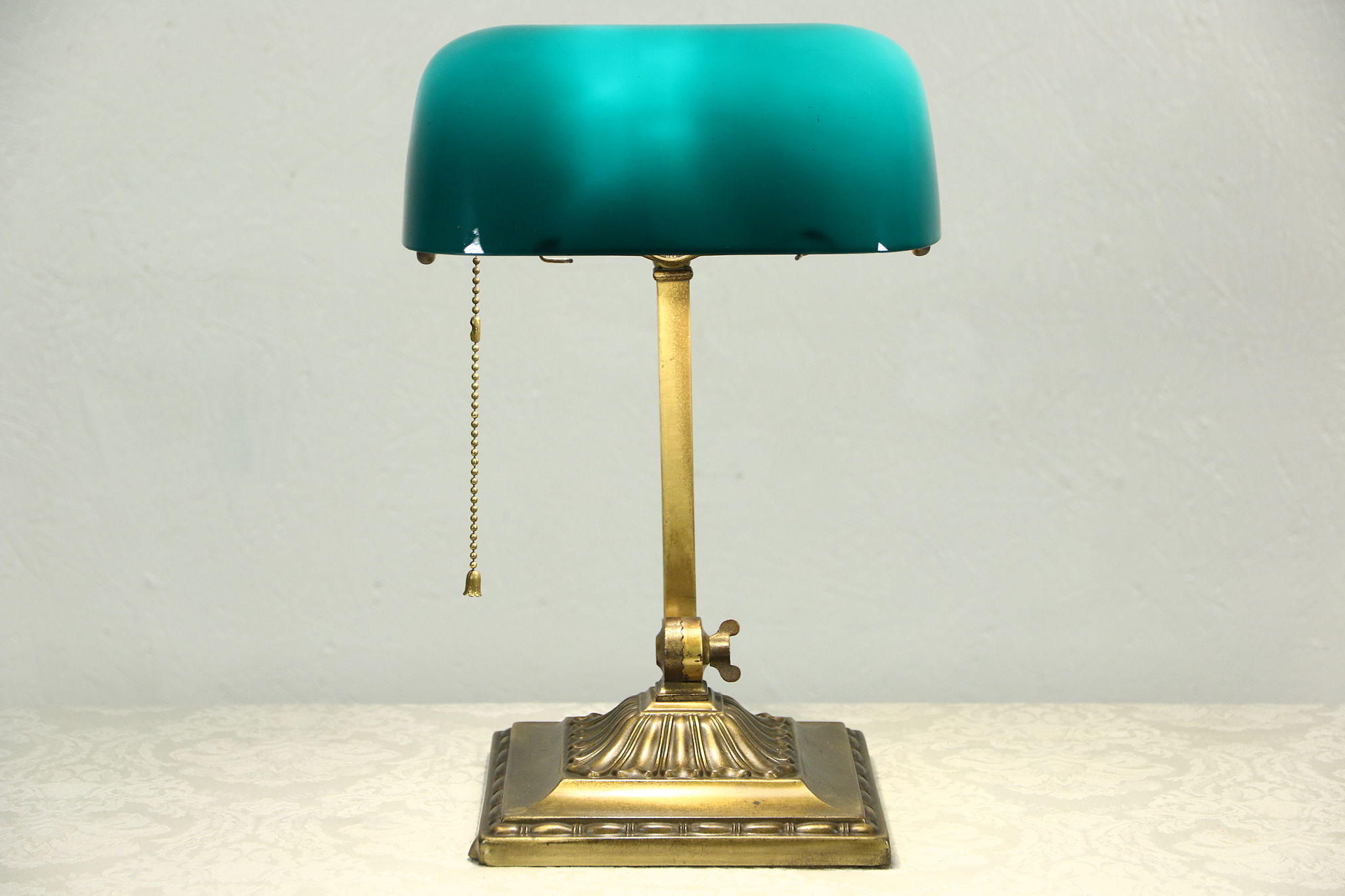 simple desk today green s with executive free overstock shipping bankers shade metal product lamp home glass garden banker designs