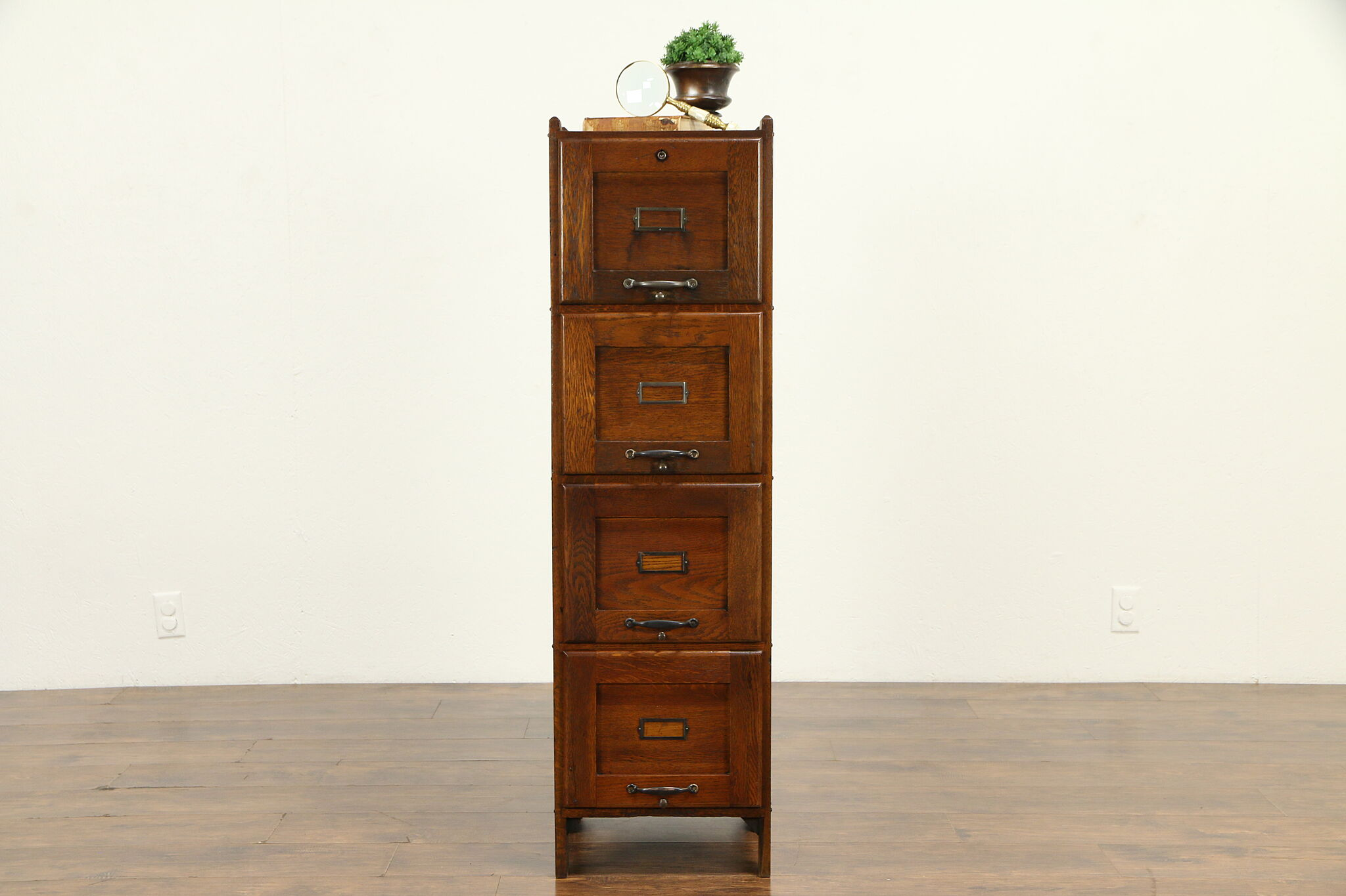 Picture of: Sold Mission Oak Arts Crafts 4 Drawer Antique 1910 Craftsman File Cabinet 32059 Harp Gallery Antiques Furniture