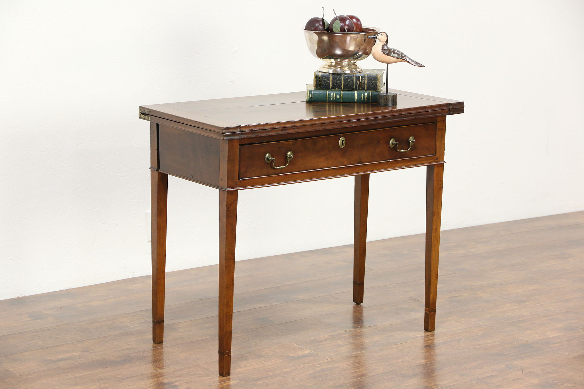 Delicieux Federal 1780 Antique Cherry Hall Console, Flip Top U0026 Gateleg Opens To Game  Table ...