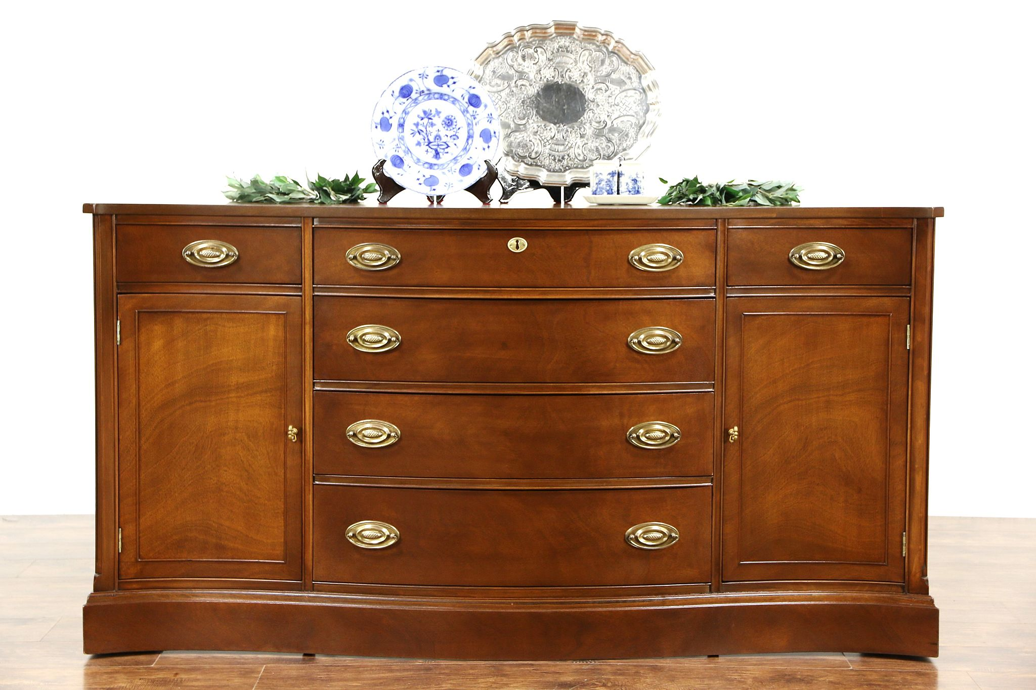 Picture of: Sold Traditional Vintage Mahogany Sideboard Server Or Buffet Serpentine Front Harp Gallery Antiques Furniture