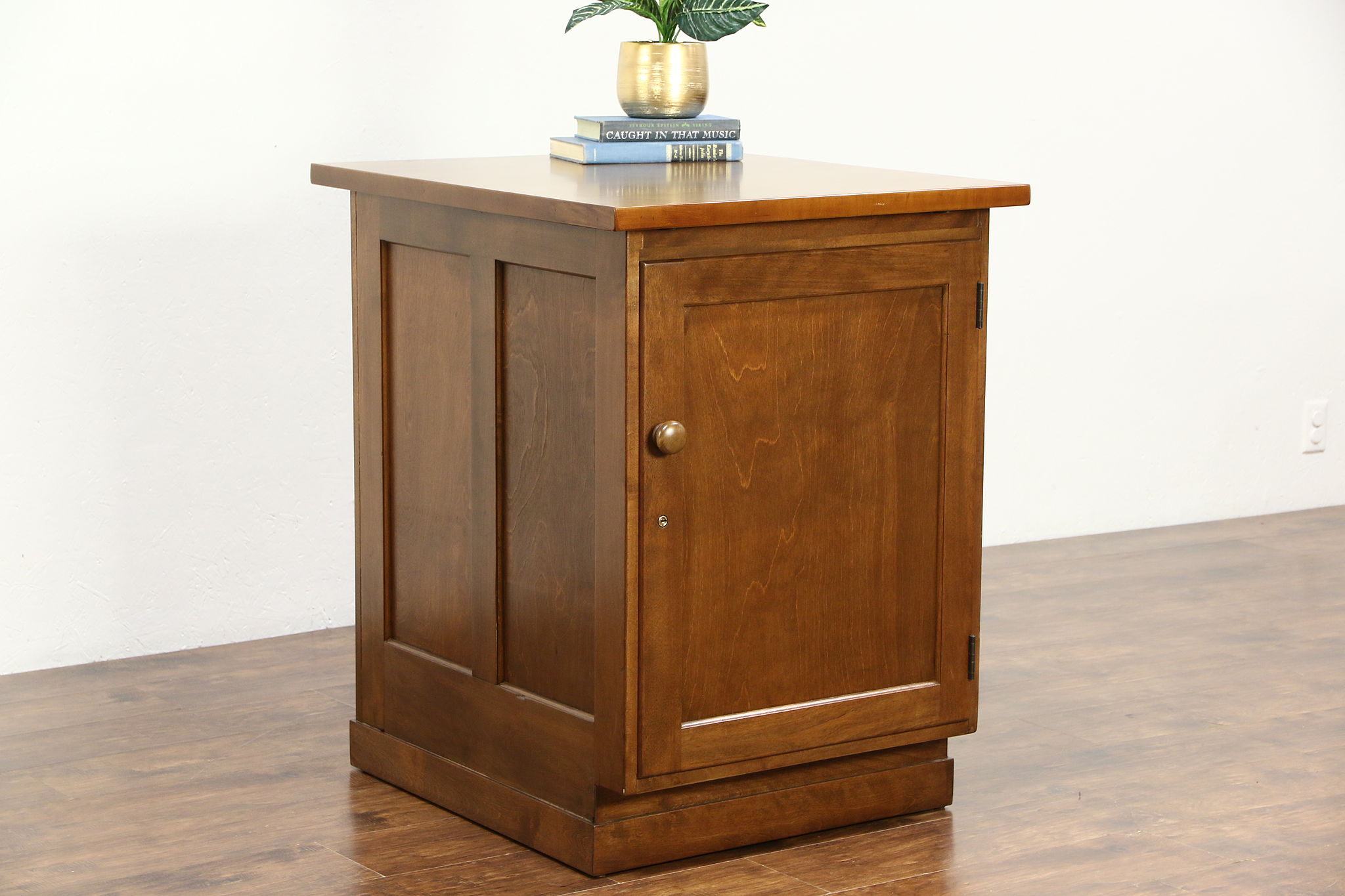 Sold Maple 1930 Vintage Kitchen Island Or Counter Harp Gallery