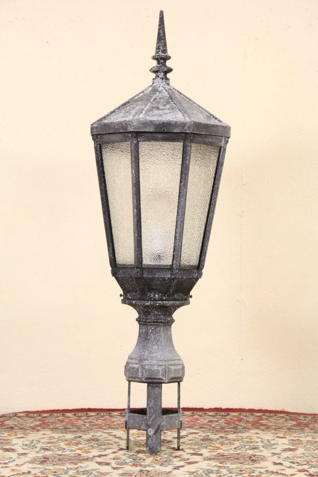Sold New York City Salvage 1920 S Antique Street Light