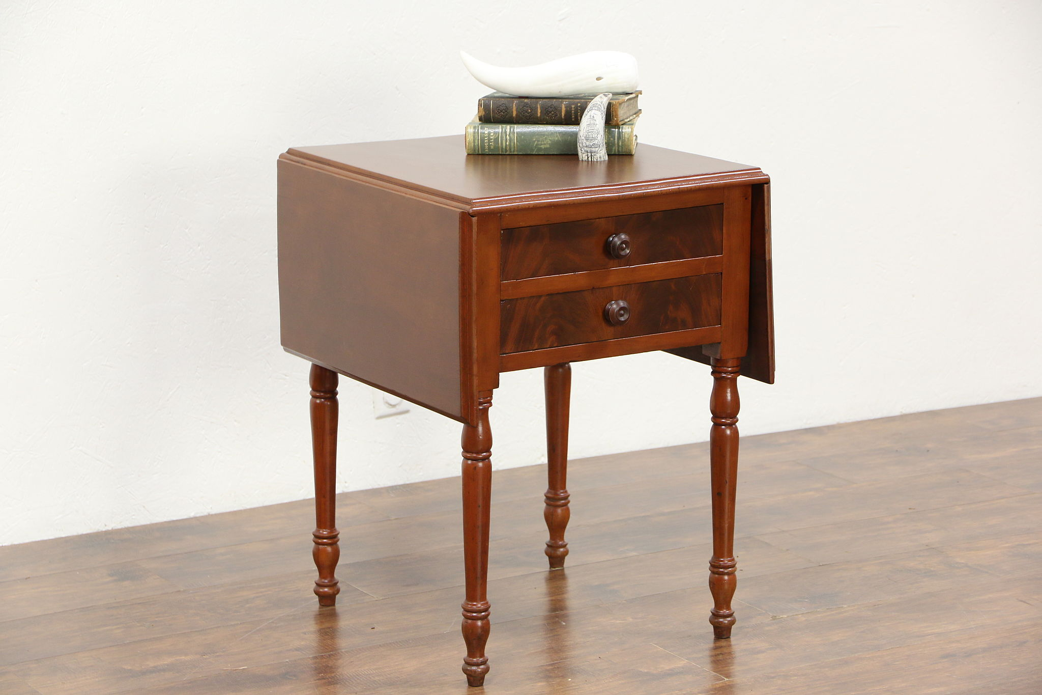 Cherry Sheraton 1835 Antique Dropleaf Lamp Table Or Nightstand