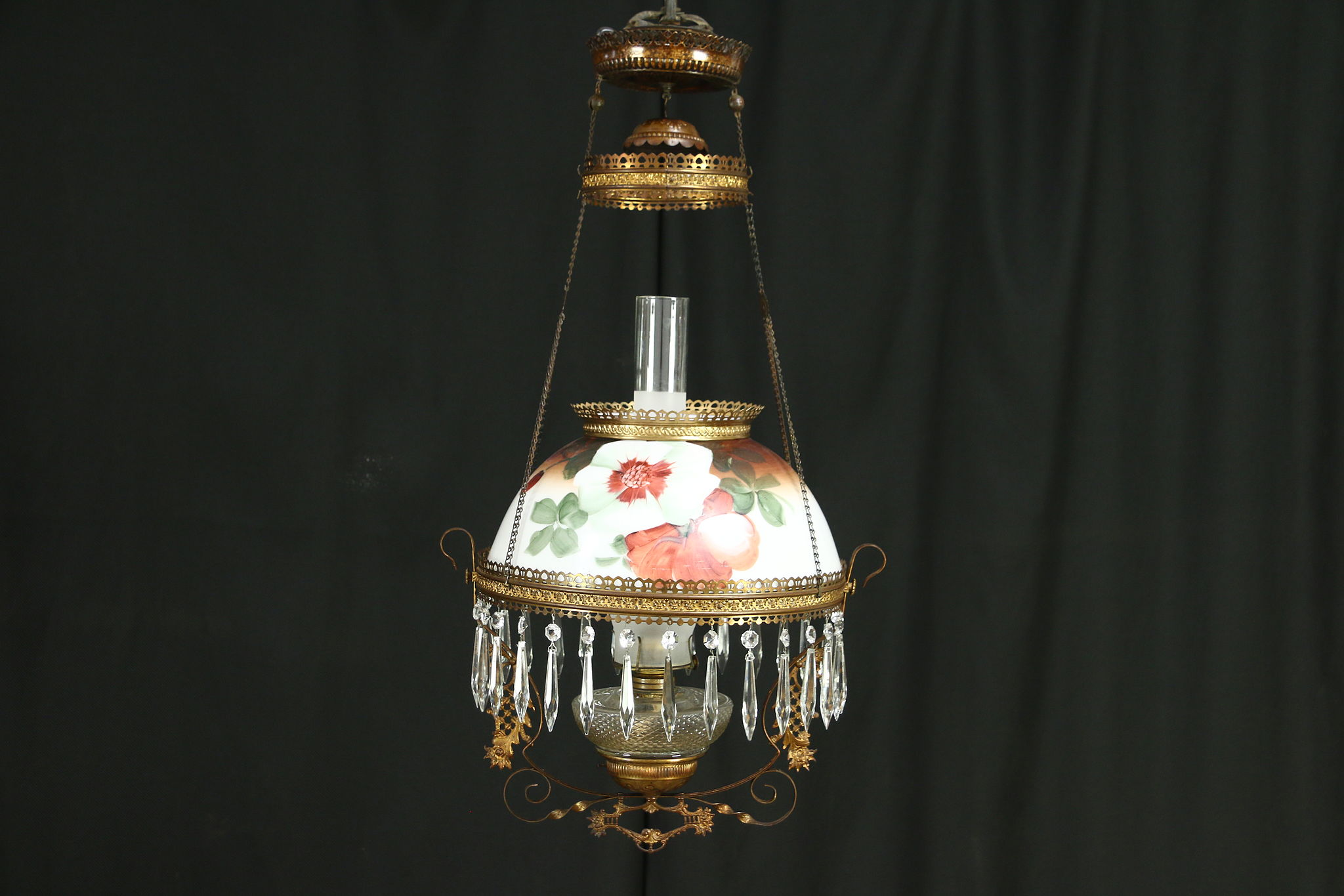 Victorian antique hanging oil lamp hand painted floral glass shade mozeypictures Images