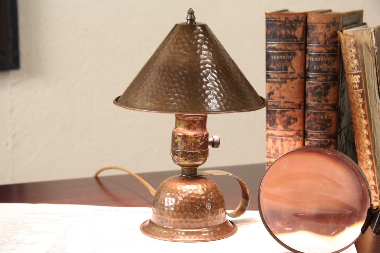 Arts Crafts 1910 Antique Hammered Copper Table Lamp