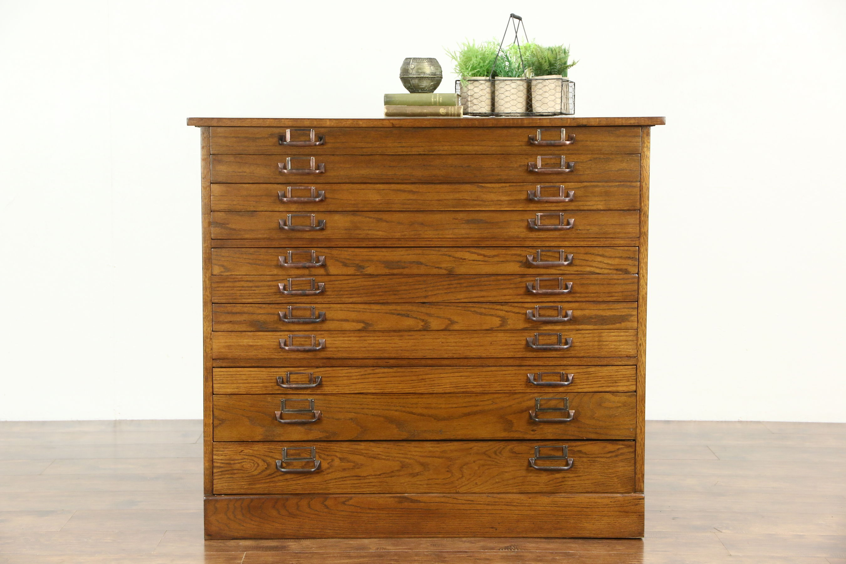 writing hinges inset des large drawer fleur front nautical desk mahogany with opens inlaid end office home high mapdesk map lis