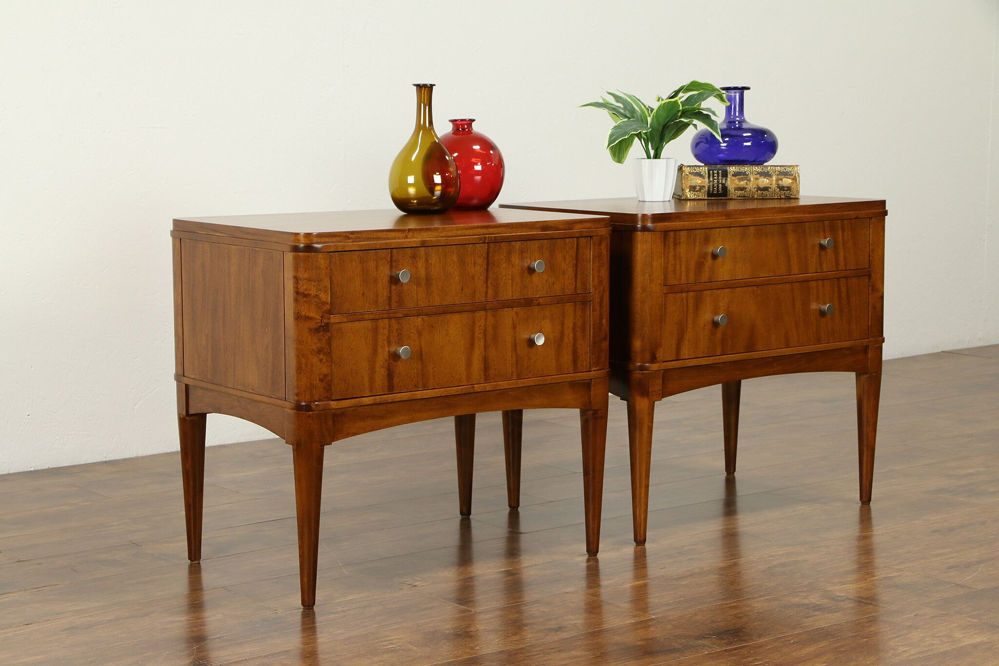 Stupendous Pair Midcentury Modern 1960 Vintage End Tables Nightstands Ethan Allen 31692 Gmtry Best Dining Table And Chair Ideas Images Gmtryco