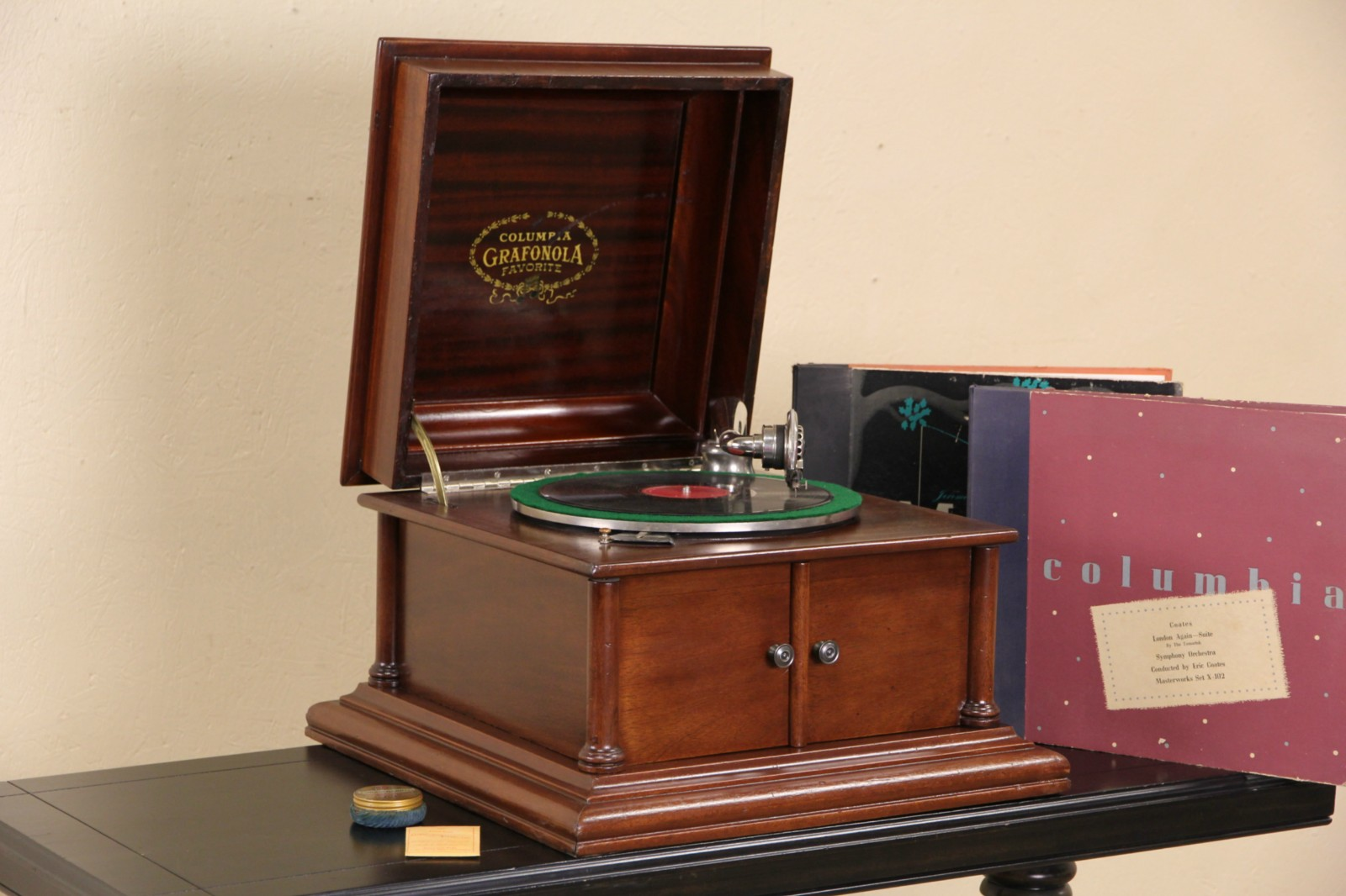 Sold Columbia Grafonola Record Player Antique 1910