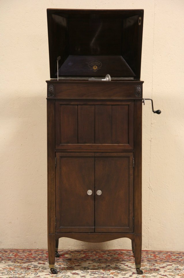 Sold Columbia Grafonola 1915 Phonograph Record Player