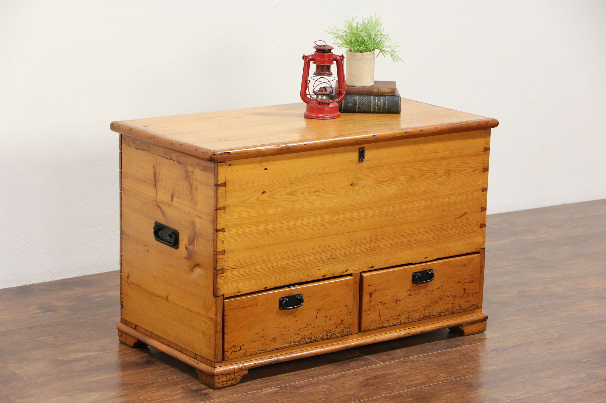 Country Pine Antique 1860 Trunk Or Blanket Chest Coffee Table