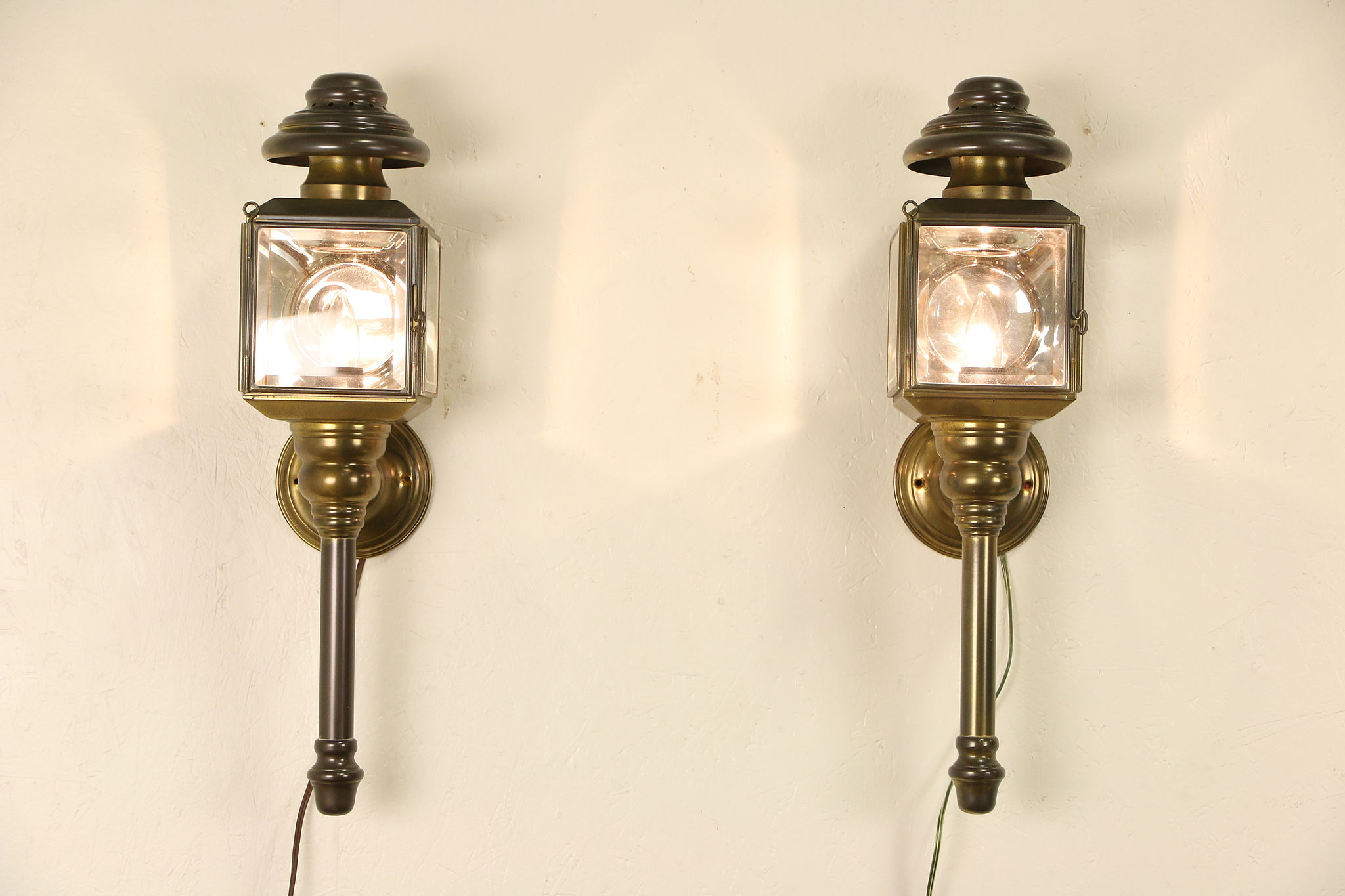 Sold Pair Of Brass 1890s Antique Coach Lamps Electrified As