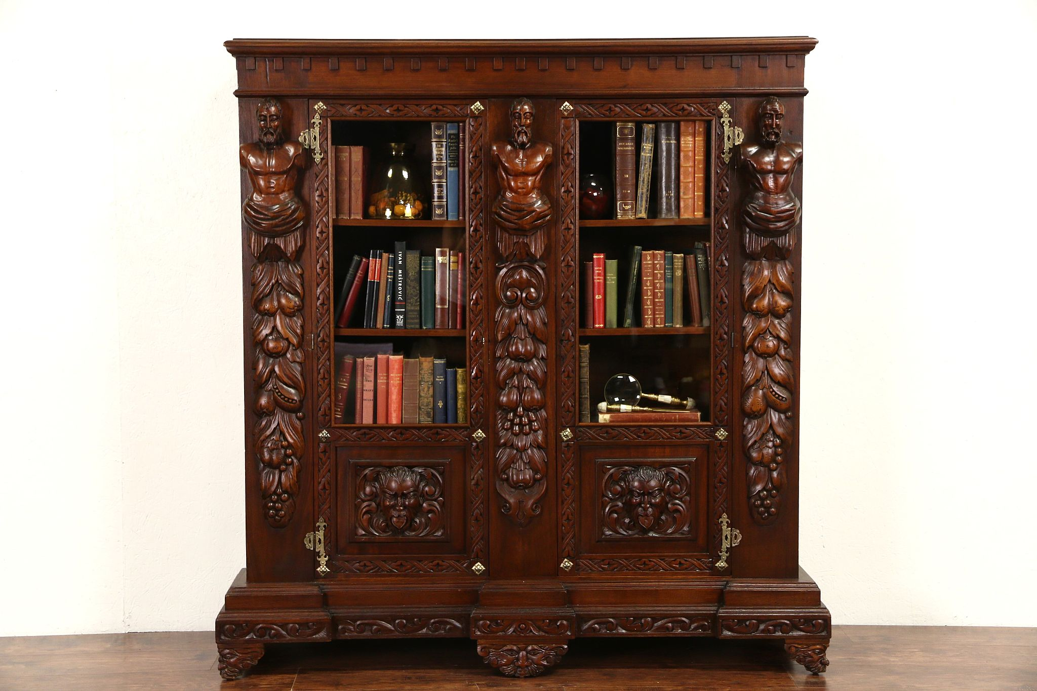 Sold Italian Renaissance Carved 1900 Antique Walnut