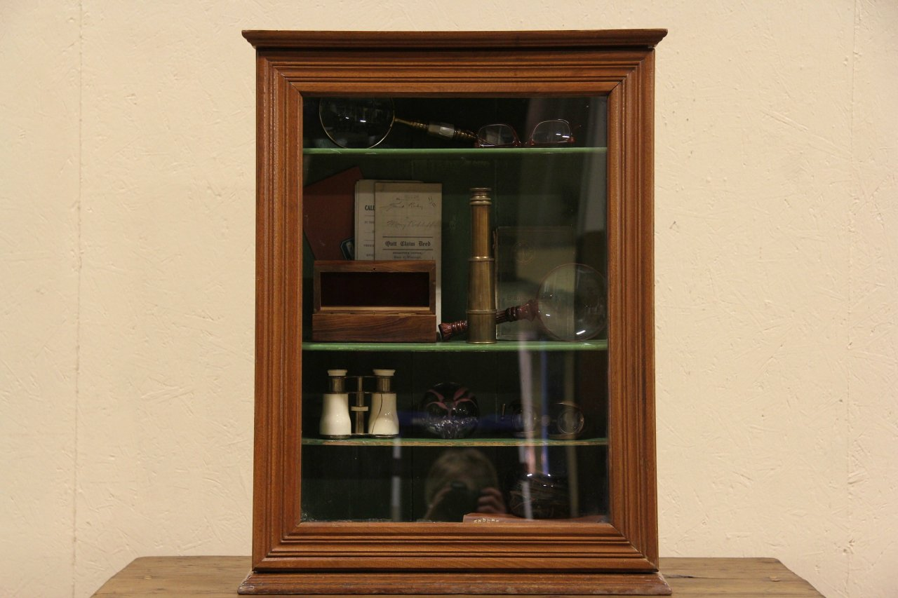 Sold Countertop 1900 Antique Showcase Or Display Cabinet