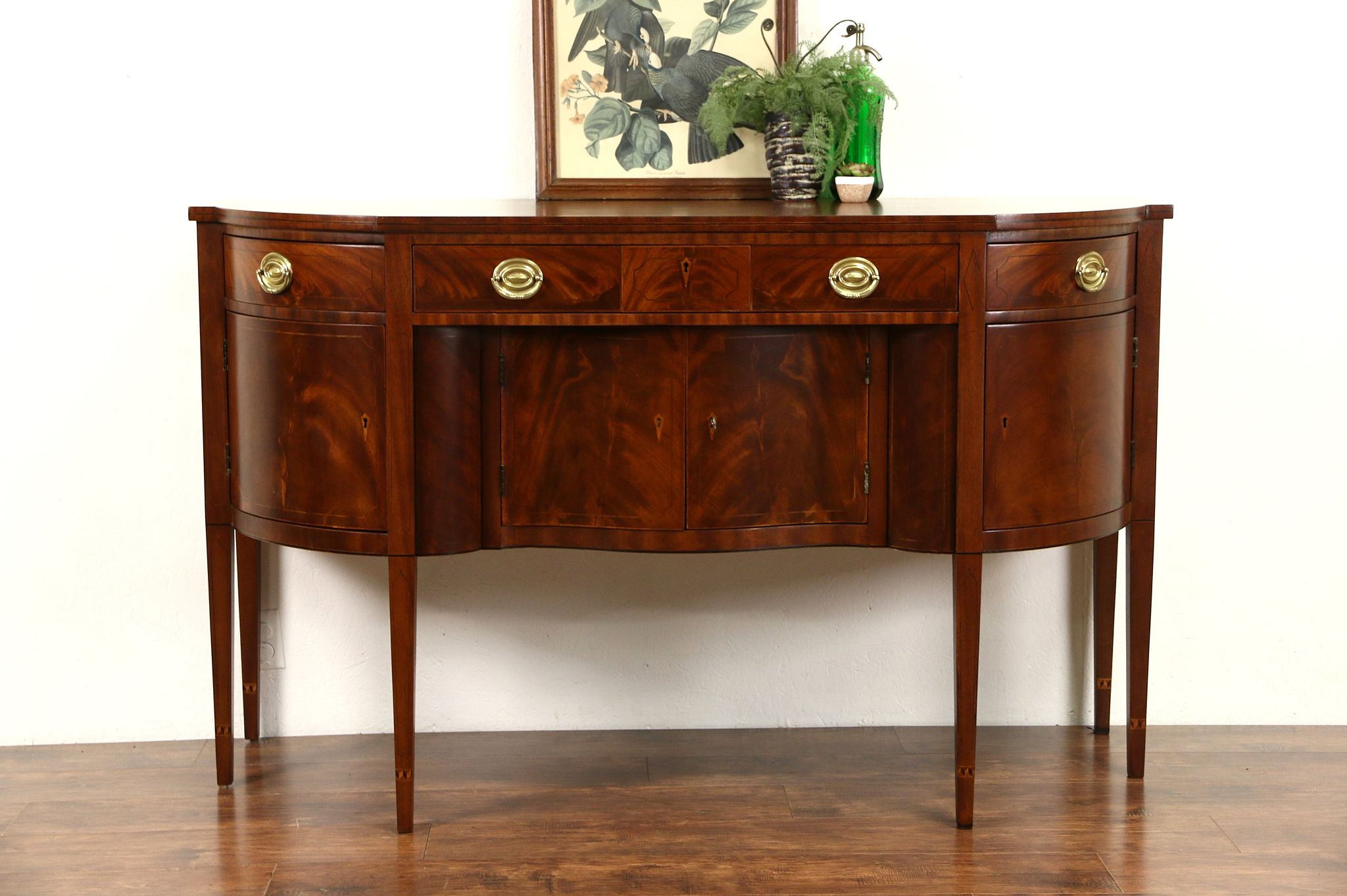 Picture of: Sold Henredon Natchez Collection Vintage Mahogany Sideboard Buffet Or Server Harp Gallery Antiques Furniture