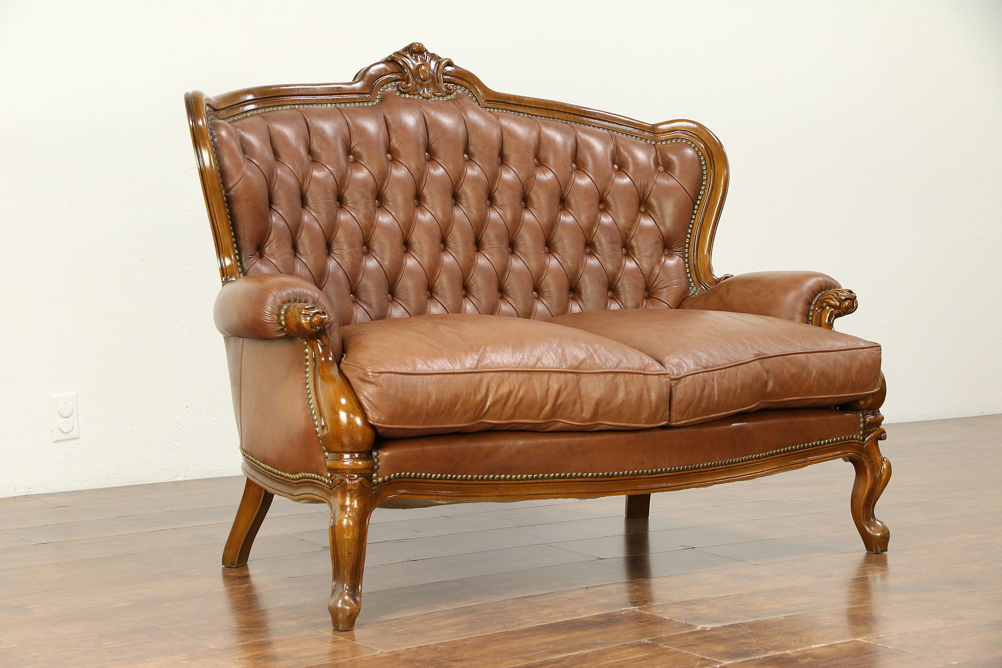 Pleasing Italian Tufted Leather Vintage Loveseat Hand Carved Frame 30523 Caraccident5 Cool Chair Designs And Ideas Caraccident5Info