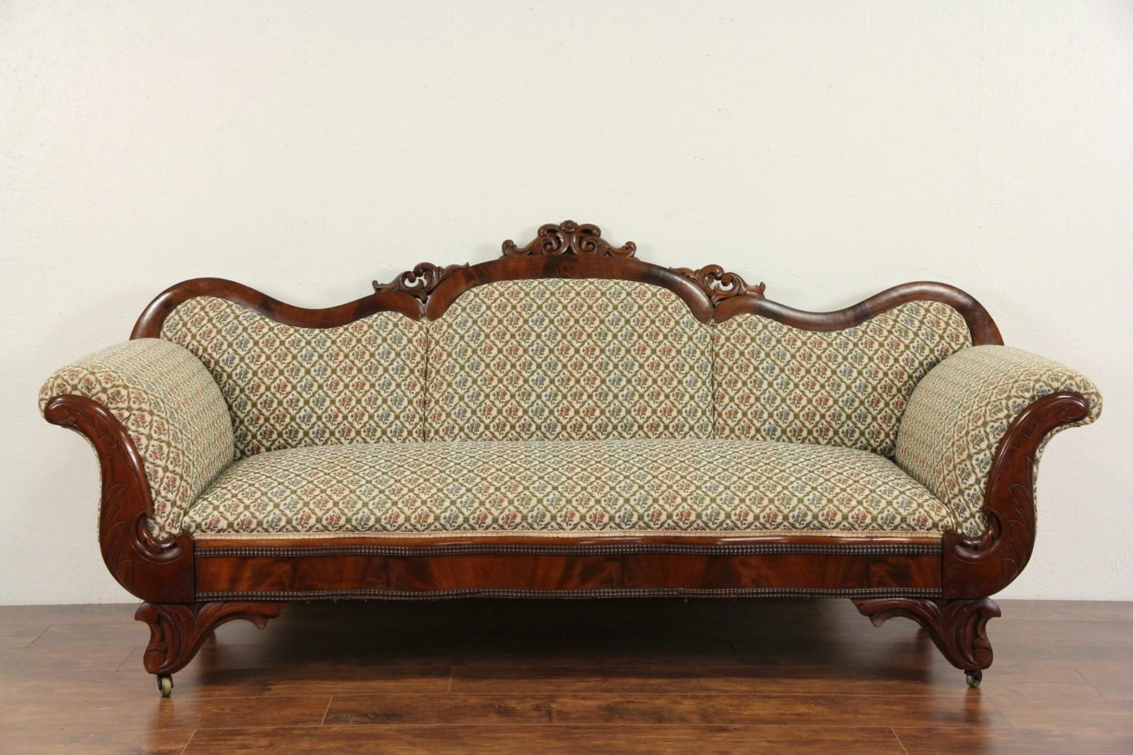 Superbe Empire Antique 1840u0027s Mahogany Hand Carved Sofa
