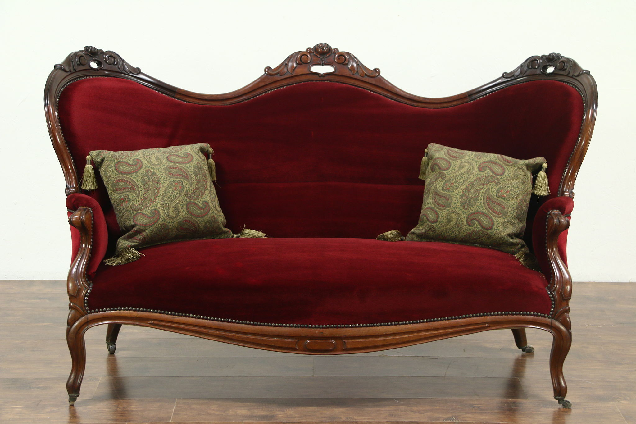 Awesome Victorian 1870 Antique Carved Mahogany U0026 Red Velvet Loveseat Settee, Sweden