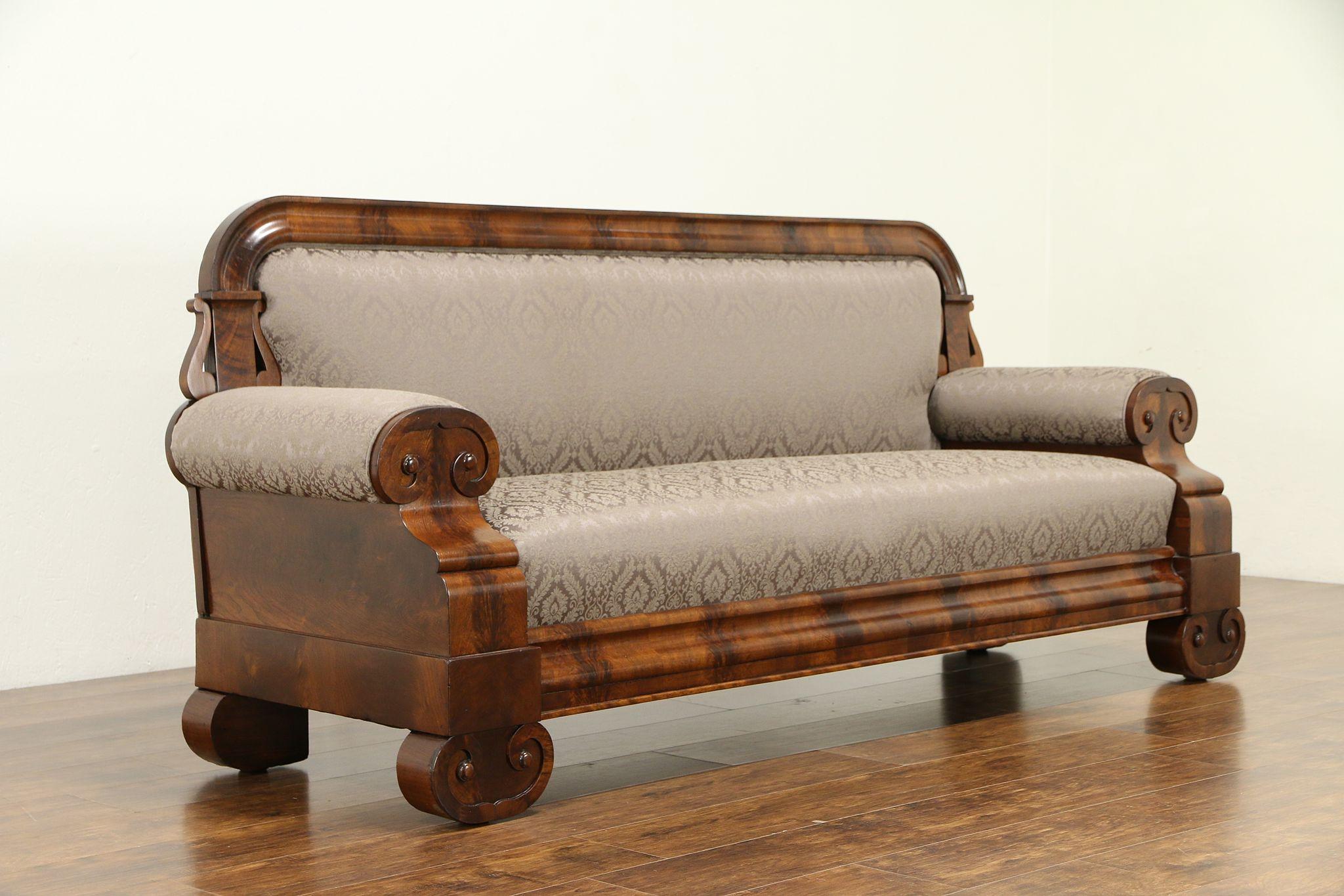 1830 Flame Mahogany Clical Sofa