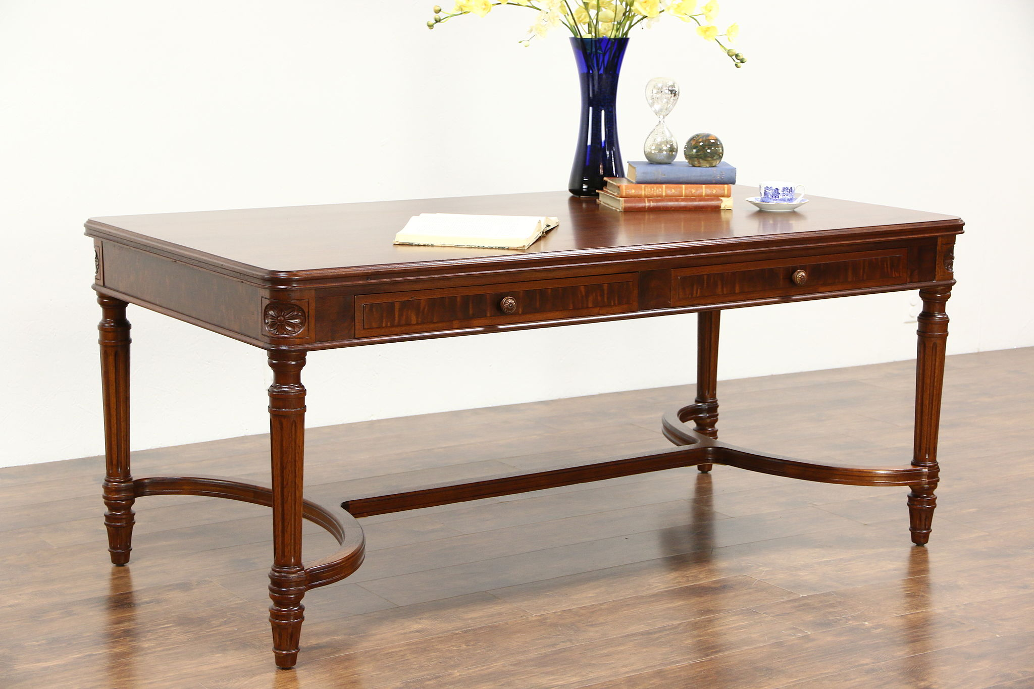 Stow Davis Signed Executive 1950 S Vintage Walnut Library Table Writing Desk