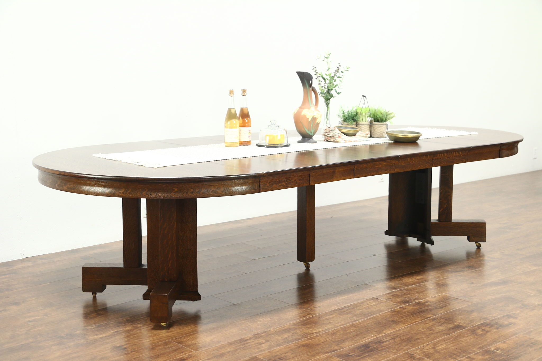 Arts Crafts Mission Oak Antique Round Dining Table 6 Leaves